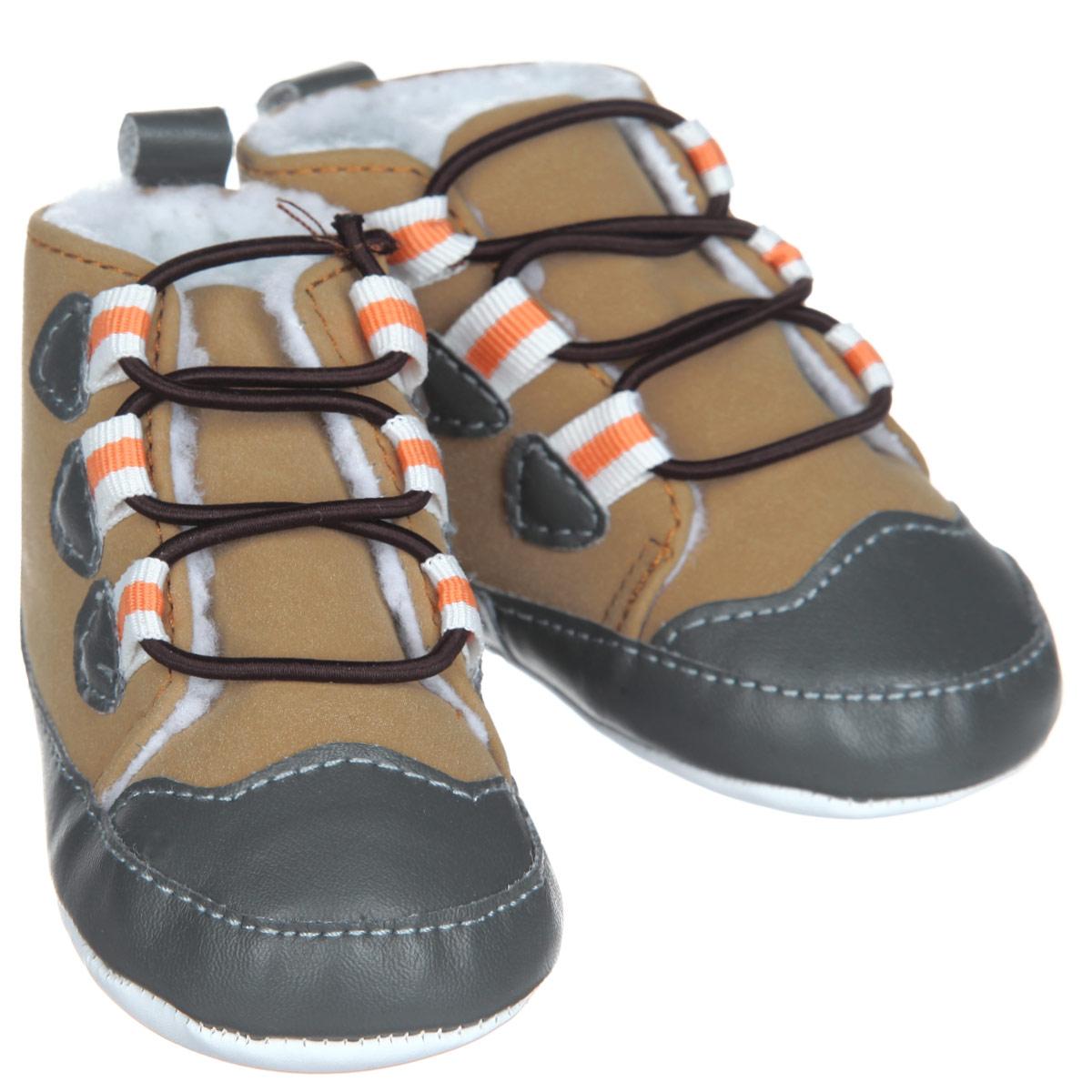 Пинетки для мальчика Luvable Friends Теплые ботинки, цвет: бежевый, серый, оранжевый. 11784. Размер 0/6 месяцев пинетки luvable friends пинетки клетчатые кеды