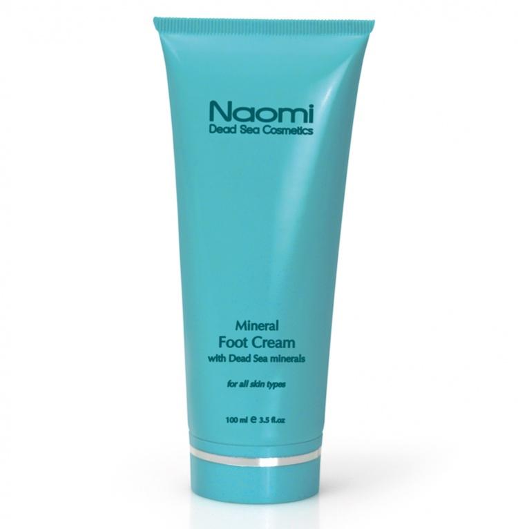 Naomi Крем для ног с минералами Мертвого моря, 100 млKM 0007Минералы Мертвого моря, которые легли в основу этого крема для ног, известны во всем мире своим бактерицидным эффектом. Активные компоненты способствуют заживлению трещин, увлажняя и питая кожу ступней. Он также избавит Вас от шелушения и станет отличной профилактикой грибка стопы. Крем также снимает усталость и отечность ног, последствия тяжелого рабочего дня, с которыми большинство из нас сталкивается ежедневно.