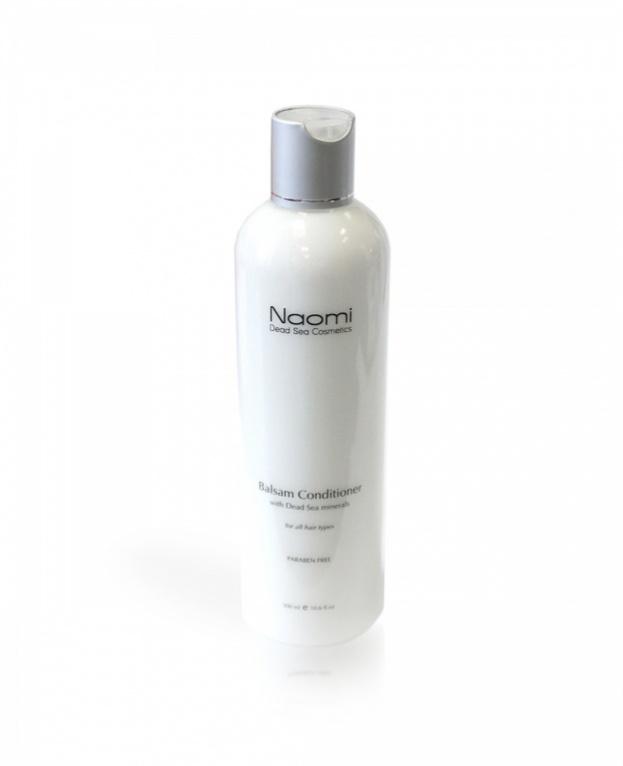 Naomi Бальзам-кондиционер для всех типов волос Naomi, 300 млKM 0040Бальзам-кондиционерNaomi содержит смесь минералов Мертвого моря и растительных экстрактов, которые поддерживают здоровье кожи головы, а также обеспечивают сияние волос, придают им тонкий приятный аромат и облегчают укладывание.
