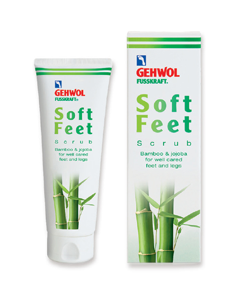 Gehwol Soft Feet Peeling - Пилинг Бамбук и жожоба для ног 125 мл1*11207Геволь Пилинг «Бамбук и жожоба» мягко и эффективно отшелушивает ороговевшие клетки кожи, придает коже гладкость и улучшает ее регенерацию. Натуральные гранулы бамбука и воск жожоба обеспечивают легкий и нежный пилинг, стимулируют кровообращение. Мелкие кристаллы сахара способствуют быстрому отшелушеванию ороговевших клеток кожи, мягко и бережно массируют кожу ног и стоп. Масло авокадо и экстракт меда обогащают кожу ценными питательными веществами, витамин Е защищает ее и предотвращает преждевременное старение.Пилинг улучшает кровообращение кожи и подготавливает её для дальнейшего ухода, обеспечивая лучшее впитывание ценных питательных веществ в кожу, например, с использованием Шелкового крема «Молоко и мед с гиалуроновой кислотой» марки GEHWOL.