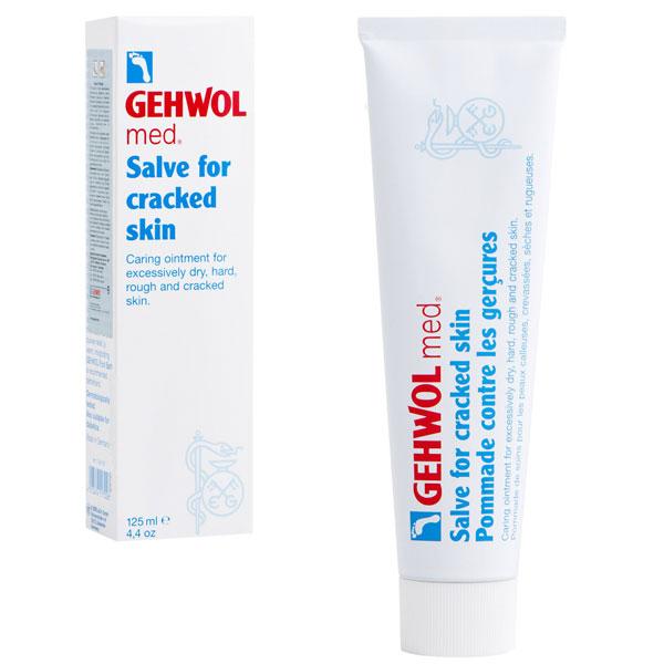 Gehwol Med Salve for cracked skin - Мазь от трещин на ногах 125 мл1*40107Мазь для ухода за сильно загрубевшей, растрескавшейся, сухой и поврежденной кожей. Геволь мед (Gehwol med) мазь от трещин (Salve for cracked skin) содержит в качестве основы специальное медицинское мыло и специально отобранную смягчающую и обладающую смягчающим эффектом комбинацию натуральных эфирных масел, витамина пантенол, ухаживающего за состоянием кожи, и противовоспалительное вещество бисаболол, получаемое из ромашки.При регулярном применении кожа приобретает естественную эластичность, стабильность и хорошо защищена. Особенно хорошо действует при шелушении кожи, покраснениях и сопутствующих неприятных осложнениях.Проверено по дерматологическим показателям. Благоприятно применение при заболевании диабетом.Активные компоненты: вазелин, ланолин, розмариновое масло, эвкалиптовое масло, лавандовое масло, лимонное масло, тимьяновое масло, бисаболол, ментол, камфара, пантенол, оксид цинка, вода.