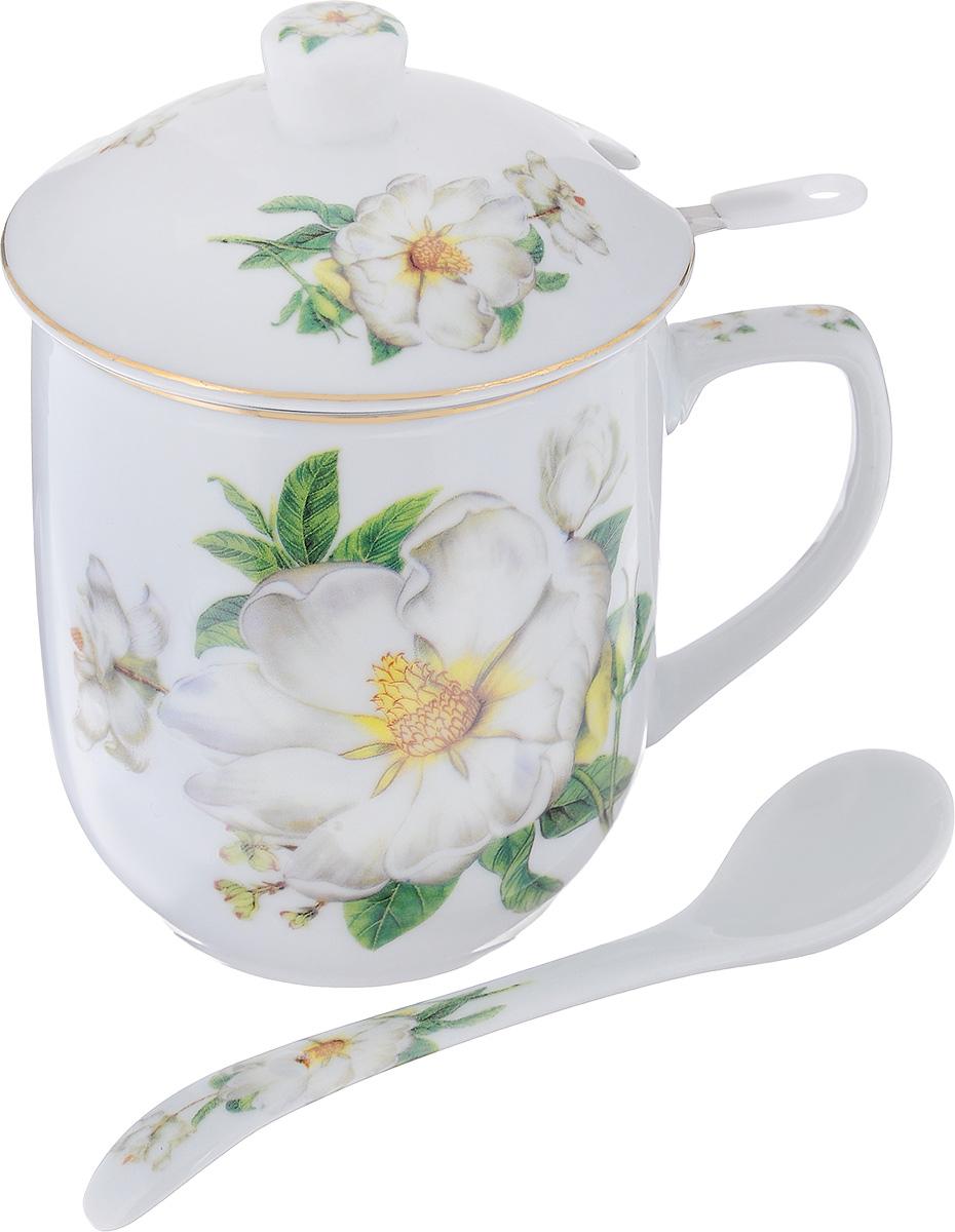 """Заварочная кружка Elan Gallery """"Белый шиповник"""" изготовлена из высококачественной  керамики.  Внешние стенки оформлены ярким рисунком. Изделие оснащено съемным металлическим  ситечком и керамической крышкой. В комплекте - керамическая ложка.  Заварочная кружка поможет быстро и вкусно заварить чай на одну порцию, не используя  заварочный чайник. Набор станет хорошим подарком, а также придаст кухонному интерьеру  восточный колорит. Не рекомендуется применять абразивные моющие средства.  Не использовать в микроволновой печи.  Диаметр кружки (по верхнему краю): 8 см. Глубина ситечка: 5,5 см. Длина ложки: 13 см."""