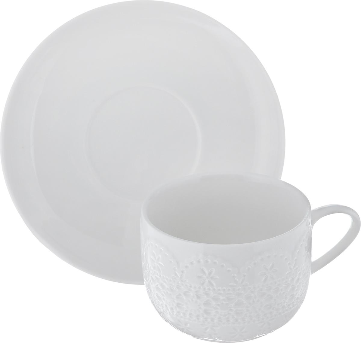 Чайная пара Walmer Charlotte, цвет: белый, 2 предметаW07370025Чайная пара Walmer Charlotte состоит из чашки и блюдца, изготовленных из высококачественного фарфора и декорированных оригинальным рельефом.Чайная пара украсит ваш кухонный стол, а также станет замечательным подарком к любому празднику.Не применять абразивные чистящие средства. Объем чашки: 250 мл.Диаметр чашки по верхнему краю: 8,5 см.Диаметр основания: 5,5 см.Высота чашки: 6,5 см.Диаметр блюдца: 15,5 см.