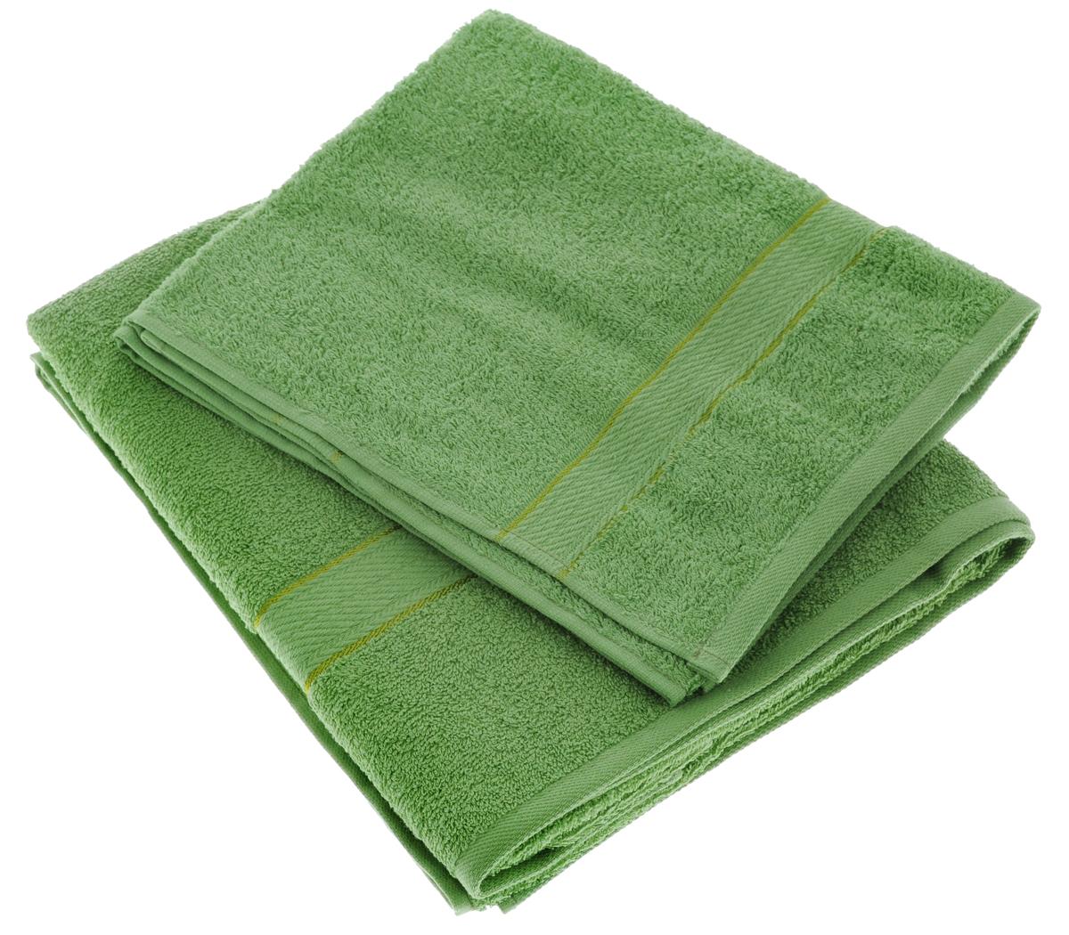 Набор махровых полотенец Aisha Home Textile, цвет: зеленый, 2 шт. УзТ-НПМ-102УзТ-НПМ-102-08Набор Aisha Home Textile состоит из двух махровых полотенец разного размера. В состав входит только натуральное волокно - 100% хлопок. Лаконичные бордюры подойдут для любого интерьера ванной комнаты. Полотенца прекрасно впитывают влагу и быстро сохнут. При соблюдении рекомендаций по уходу не линяют и не теряют форму даже после многократных стирок.Комплектация: 2 шт.
