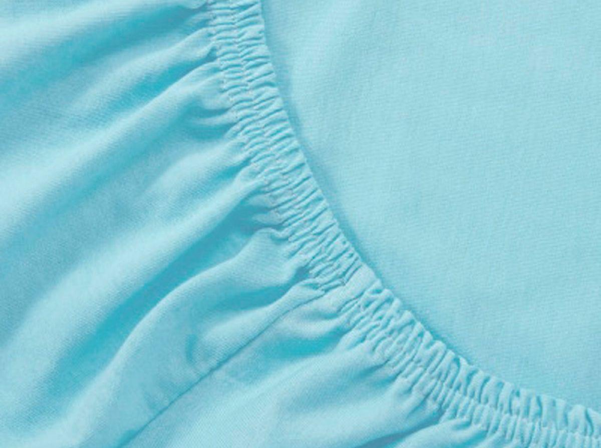 Простыня на резинке Хлопковый Край, цвет: бирюза, 160 х 200 см160тр-ПнРПростыня на резинке Хлопковый Край изготовлена из натурального хлопка. Она обладает высокой плотностью, необычайной мягкостью и шелковистостью. Простыня из такого материала выдержит большое количество стирок и не потеряет цвет. Простыня прошита резинкой по всему периметру, что обеспечивает более комфортный отдых, так как она прочно удерживается на матрасе и избавляет от необходимости часто поправлять простыню. Простыня на резинке Хлопковый Край абсолютно безопасна для самых маленьких членов семьи.Выбрав простыню нужной вам расцветки, вы можете легко комбинировать ее с различным постельным бельем.Подходит для матрасов высотой до 25 см.