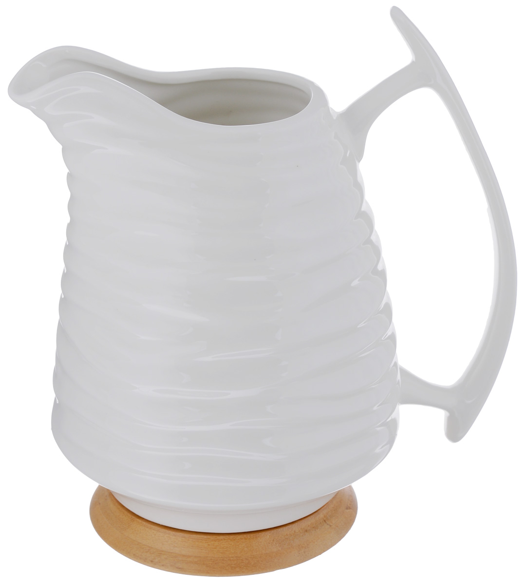 Кувшин Elan Gallery Айсберг, на подставке, 1,7 л540076Кувшин Elan Gallery Айсберг, выполненный из высококачественной керамики, оснащен эргономичной ручкой. Деревянная подставка предотвратит повреждение поверхности стола. Внешние стенки изделия декорированы рельефным рисунком. В таком кувшине будет удобно хранить и подавать на стол молоко, соки или воду.Кувшин Elan Gallery Айсберг украсит любой кухонный интерьер и станет хорошим подарком для ваших близких. Размер (по верхнему краю): 12 х 7,5 см. Высота (с учетом подставки): 22 см.