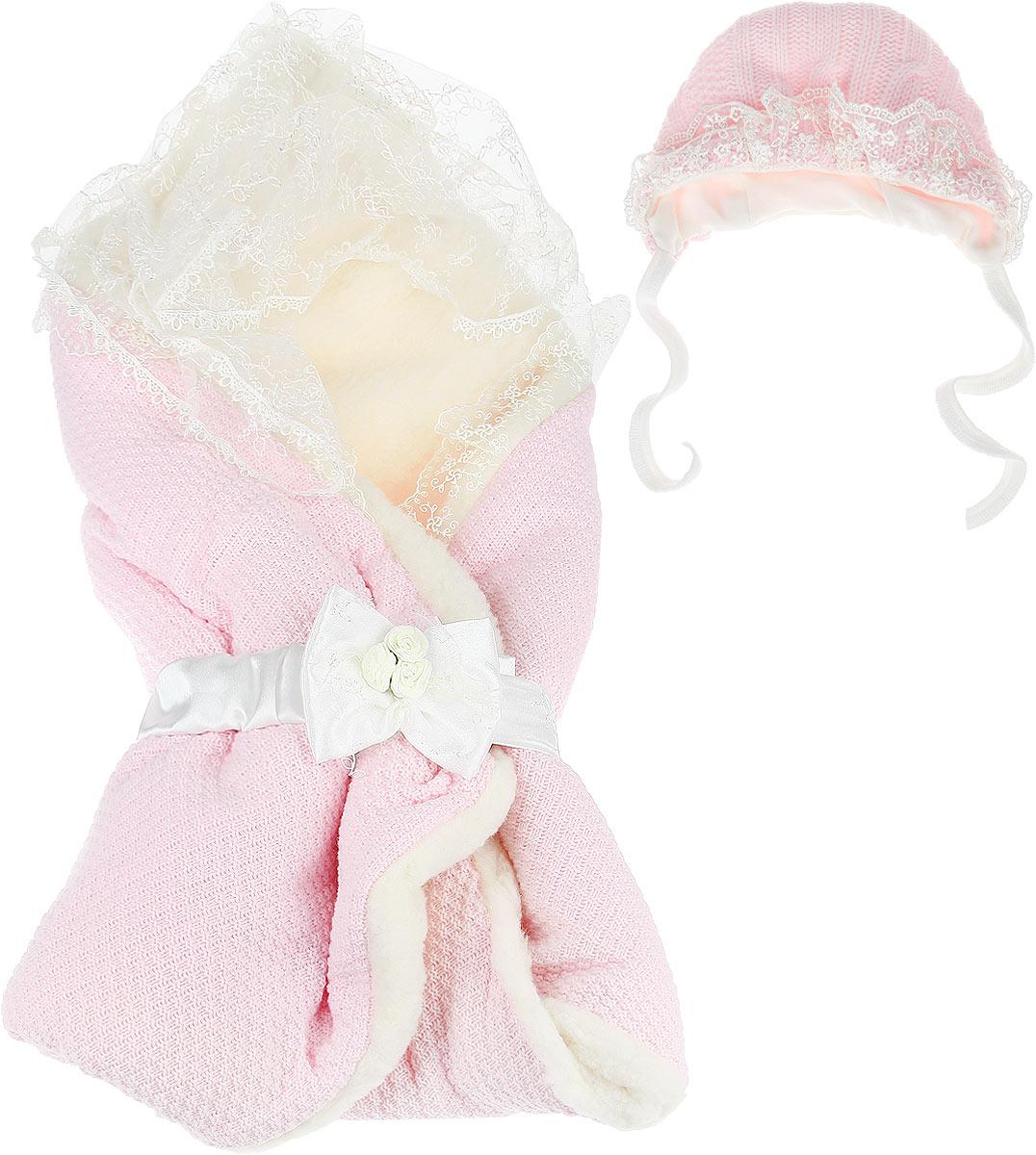 Конверт-одеяло на выписку Сонный гномик Жемчужинка, цвет: розовый, кремовый. 1709М/2. Возраст 0/9 месяцев1709МКонверт-одеяло Сонный гномик Жемчужинка прекрасно подойдет для выписки новорожденного из роддома. В дальнейшем его можно использовать во время прогулок с малышом в коляске-люльке или в качестве удобного коврика для пеленания. Конверт изготовлен из 100% акрила на подкладке из шерсти с добавлением полиэстера. В качестве утеплителя используется шелтер (100% полиэстер). Шелтер (Shelter) - утеплитель нового поколения с тонкими волокнами. Его более мягкие ячейки лучше удерживают воздух, эффективнее сохраняя тепло. Более частые связи между волокнами делают утеплитель прочным и позволяют сохранить его свойства даже после многократных стирок. Утеплитель шелтер максимально защищает от холода и не стесняет движений. Конверт-одеяло складывается и фиксируется на липучку. Верхняя часть конверта украшена вуалью с ажурной вышивкой, пристегивающейся с помощью липучек. Также в комплект входит очаровательный акриловый чепчик на хлопковой подкладке, украшенный оборкой из вуали и атласный поясок на резинке, украшенный декоративным бантиком. Оригинальный конверт на выписку порадует взгляд родителей и прохожих.