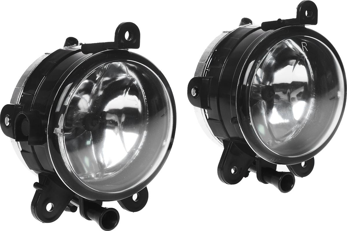 Противотуманные галогенные фары AVS PF-315H, для Lada Priora, 2 шт43900В тяжелых метеоусловиях, таких как туман, дождь или снегопад, свет от обычных фар автомобиля, а точнее лучи ближнего и особенно дальнего света, отражаясь и рассеиваясь от мельчайших капель воды и снежинок, создают полупрозрачную пленку, которая уменьшает видимость. Противотуманные фары AVS PF-316H со стеклами белого цвета дают плоский и широкий горизонтальный луч, который стелется непосредственно над дорогой, чтобы не освещать толщу тумана по высоте.Напряжение: 12 В.Диапазон рабочей температуры: от -40°С до +85°С.Температура свечения/цвет: 3100 К/желтый.Световой поток: 1500 Лм.Защита от пыли и воды: IP54.Диаметр фар: 90 мм.