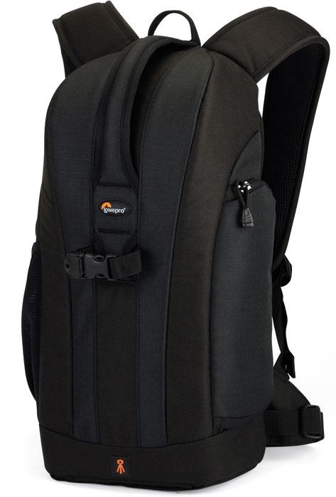 Lowepro Flipside 200, Black рюкзак для фотокамеры75622Рюкзак Lowepro Flipside 200 разработан для современных фотографов, которые находятся в постоянном движении. Доступ к оборудованию осуществляется через заднюю стенку, что дает возможность быстро достать камеру. Эргономичные регулируемые плечевые ремни обеспечивают удобство и комфорт при переноске даже полностью загруженного оборудованием рюкзака, поясной ремень значительно снижает нагрузку на спину. Есть небольшой внешний боковой карман, обеспечивающий быстрый доступ к картам памяти, дополнительным аккумуляторам и т.д. Передвижные перегородки позволяют организовать внутреннее пространство таким образом, чтобы можно было удобно поместить оборудование и аксессуары.Доступ со спины для защиты оборудования во время активного вида спортаВнутреннее отделение для камеры с уплотненными стенками и с ручками для переноса в рукахМягкие ремни для плеч с дышащими отверстиямиСъемный карман для аксессуаровОтделение для резервуара с водой Hydration-Ready PocketВнутреннее отделение для камеры можно затянуть шнурком с фиксаторомФиксация на поясном ремнеНаружная ткань: водостойкий полиэстер 600D, 600D ripstop и нейлон 210Вместимость: зеркальная фотокамера с объективом (до 80-200 мм, f/2,8), 1-3 дополнительных объектива или вспышки, штатив, аксессуары
