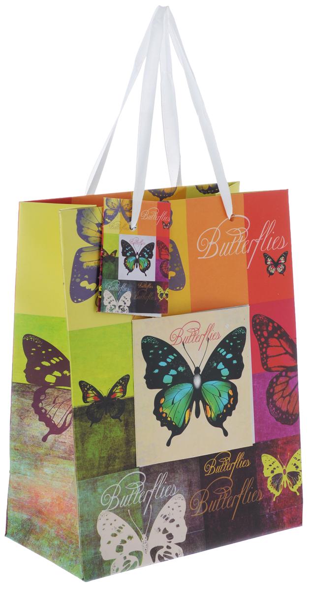 Пакет подарочный Феникс-Презент Радужные бабочки, 17,8 х 22,9 х 9,8 см40876Подарочный пакет Феникс-Презент Радужные бабочки, изготовленный из плотной бумаги, станет незаменимым дополнением к выбранному подарку. Дно изделия укреплено картоном, который позволяет сохранить форму пакета и исключает возможность деформации дна под тяжестью подарка. Пакет выполнен с глянцевой ламинацией, что придает ему прочность, а изображению - яркость и насыщенность цветов. Для удобной переноски на пакете имеются две ручки из лент.Подарок, преподнесенный в оригинальной упаковке, всегда будет самым эффектным и запоминающимся. Окружите близких людей вниманием и заботой, вручив презент в нарядном, праздничном оформлении.Плотность бумаги: 250 г/м2.