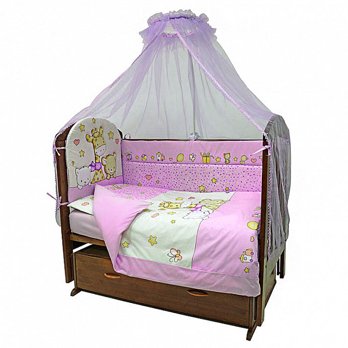 Топотушки Комплект детского постельного белья Детский Мир цвет розовый 7 предметов4630008874080Комплект постельного белья из семи предметов включает все необходимые элементы для детской кроватки. Комплект создает для вашего ребенка уют, комфорт и безопасную среду с рождения. Современный дизайн и цветовые сочетания помогают ребенку адаптироваться в новом для него мире. Комплекты Топотушки хорошо вписываются в интерьер, как детской комнаты, так и спальни родителей. Как и все изделия Топотушки, данный комплект отражает самые последние технологии, является безопасным для малыша и экологичным. Российское происхождение комплекта гарантирует стабильно высокое качество, соответствие актуальным пожеланиям потребителей, конкурентоспособную цену. В комплект входят: Борт 360 см х 40 см; Балдахин из сетки 300 см х 160 см; Подушка 40 см х 60 см; Одеяло 140 см х 100 см; Наволочка 40 см х 60 см; Пододеяльник 146 см х 104 см; Простыня на резинке 120 см х 60 см. Комплект упакован в удобную пластиковую сумку с ручками.