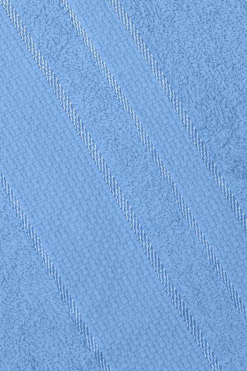 """Полотенце Aisha Home Textile """"Классика"""" выполнено из натуральной  махровой ткани (100% хлопок). Изделие отлично впитывает  влагу, быстро сохнет, сохраняет яркость цвета и не  теряет форму даже после многократных стирок.   Полотенце очень практично и неприхотливо в  уходе. Оно станет достойным  выбором для вас и приятным подарком для ваших  близких."""