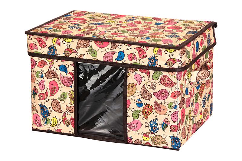 Кофр для хранения El Casa Птички, складной, 40 х 25 х 25 см840089Компактный складной кофр El Casa Птички изготовлен из высококачественного полиэстера, который обеспечивает естественную вентиляцию, позволяя воздуху проникать внутрь, но не пропуская пыль. Стенки из плотного картона хорошо держат форму, а специальная вставка служит для уплотнения дна или регулирования главного отделения. Кофр оснащен 2 удобными ручками, которые позволяют использовать его в качестве выдвижного ящика в гардеробе или шкафу. Изделие закрывается откидной крышкой. Прозрачная вставка из ПВХ позволяет легко просматривать содержимое. Оригинальный дизайн сделает вашу гардеробную красивой и невероятно стильной.Размер кофра (в собранном виде): 40 х 25 х 25 см.