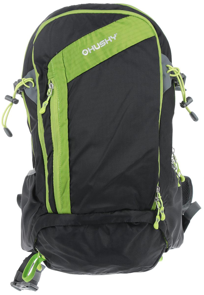 """Практичный туристический рюкзак Husky """"Scampy 35"""" выполнен из полиэстера, оформлен символикой бренда. Изделие содержит два основных отделения, каждое из которых закрывается на молнию. Внутри большого отделения расположен накладной карман на резинке. Малое отделение дополнено накладным сетчатым карманом на застежке-молнии. Лицевая сторона рюкзака дополнена врезным карманом на молнии. По бокам изделия расположены два накладных кармана с резинками. В днище изделия расположен врезной карман с накидкой от дождя. Рюкзак дополнен двумя анатомическими плечевыми лямками регулируемой длины, нагрудным и поясным ремнем. Светоотражающими вставками, а также петлей для подвешивания. Выгнутая конструкция спинки рюкзака обеспечит дополнительную вентиляцию при эксплуатации изделия. Стильный и практичный туристический рюкзак станет незаменимым спутником в путешествии.    Что взять с собой в поход?. Статья OZON Гид"""