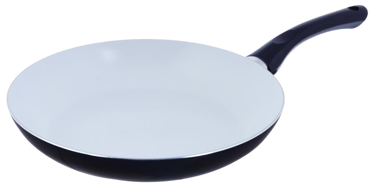 Сковорода Bekker, с керамическим покрытием, цвет: синий. Диаметр 28 см. BK-3704BK-3704_ синийСковорода Bekker изготовлена из алюминия с внутренним керамическим покрытием. Благодаря этому пища не пригорает и не прилипает к стенкам. Готовить можно с минимальным количеством масла и жиров. Гладкая поверхность обеспечивает легкость ухода за посудой. Внешнее покрытие - цветной жаростойкий лак.Изделие оснащено удобной бакелитовой ручкой, которая не нагревается в процессе готовки. Сковорода подходит для использования на всех типах кухонных плит, кроме индукционных, а также ее можно мыть в посудомоечной машине.Высота стенки: 5 см.Диаметр: 28 см. Длина ручки: 18 см.