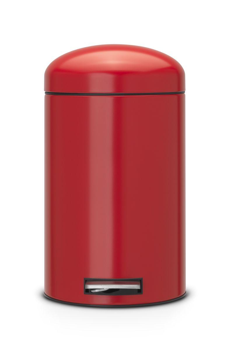 Бак мусорный Brabantia Retro, цвет: красный, 12 л. 483783483783Педальный бак Brabantia на 12 л поистине универсален и идеально подходит для использования на кухне или в гостиной. Достаточно большой для того, чтобы вместить весь мусор, при этом достаточно компактный для того, чтобы аккуратно разместиться под рабочим столом. Мягкий ход педали и бесшумное открытие/закрытие крышки. Удобный в использовании – при открывании вручную крышка фиксируется в открытом положении, закрывается нажатием педали. Надежный педальный механизм, высококачественные коррозионно-стойкие материалы. Удобная очистка – прочное съемное внутреннее пластиковое ведро. Предохранение пола от повреждений – пластиковое защитное основание. Всегда опрятный вид – идеально подходящие по размеру мешки для мусора со стягивающей лентой (размер C). 10-летняя гарантия Brabantia.