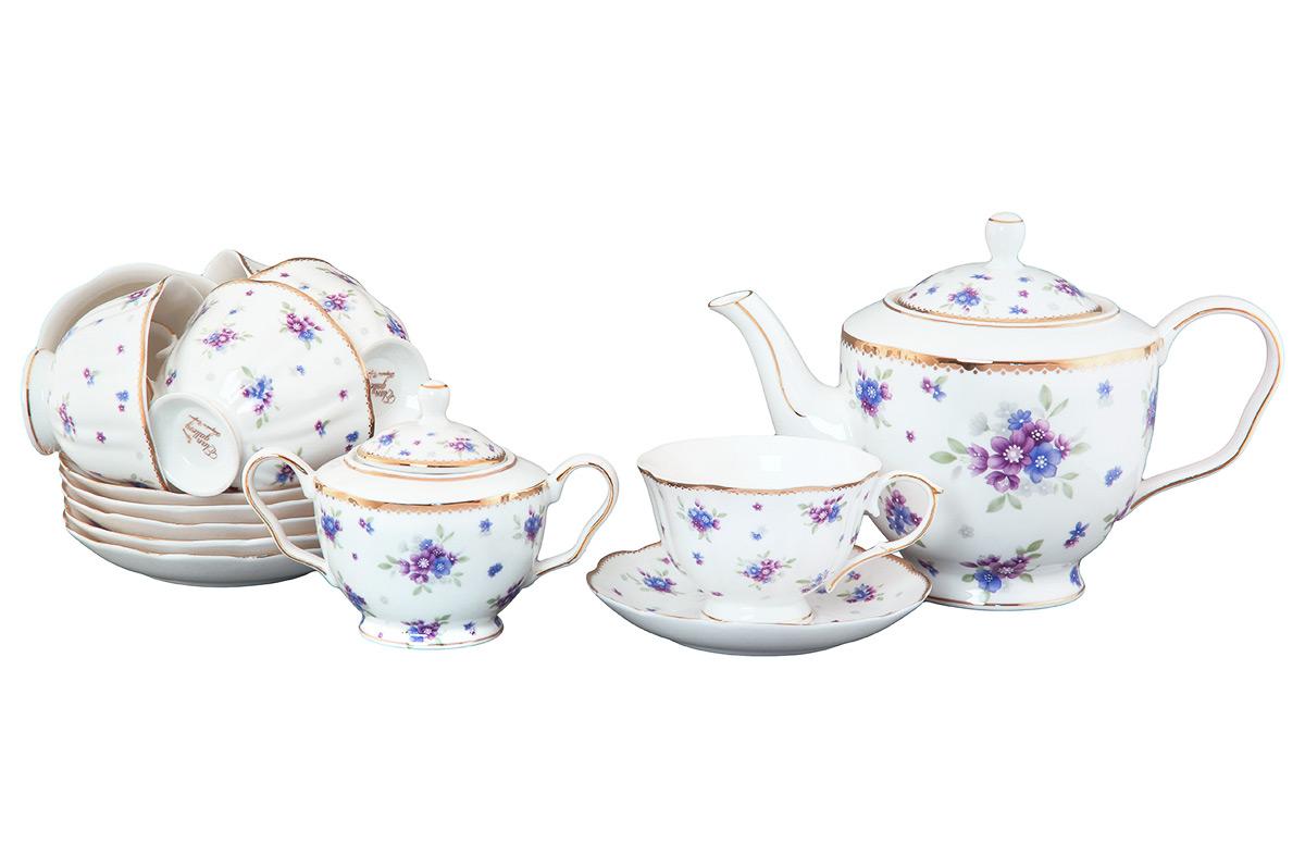 Набор чайный Elan Gallery Сиреневый туман, 14 предметов420085Чайный набор Elan Gallery Сиреневый туман состоит из 6 чашек, 6 блюдец, сахарницы и заварочного чайника. Изделия, выполненные из высококачественной керамики, имеют элегантный дизайн и классическую форму.Такой набор прекрасно подойдет как для повседневного использования, так и для праздников. Чайный набор Elan Gallery Сиреневый туман - это не только яркий и полезный подарок для родных и близких, а также великолепное решение для вашей кухни или столовой. Не использовать в микроволновой печи.Объем чашки: 250 мл. Диаметр чашки (по верхнему краю): 10,5 см. Высота чашки: 7 см.Диаметр блюдца (по верхнему краю): 15 см.Высота блюдца: 2,5 см. Высота чайника (без учета ручки и крышки): 13 см. Объем чайника: 1,4 л. Диаметр сахарницы (по верхнему краю): 7 см. Высота сахарницы (без учета крышки): 8 см.