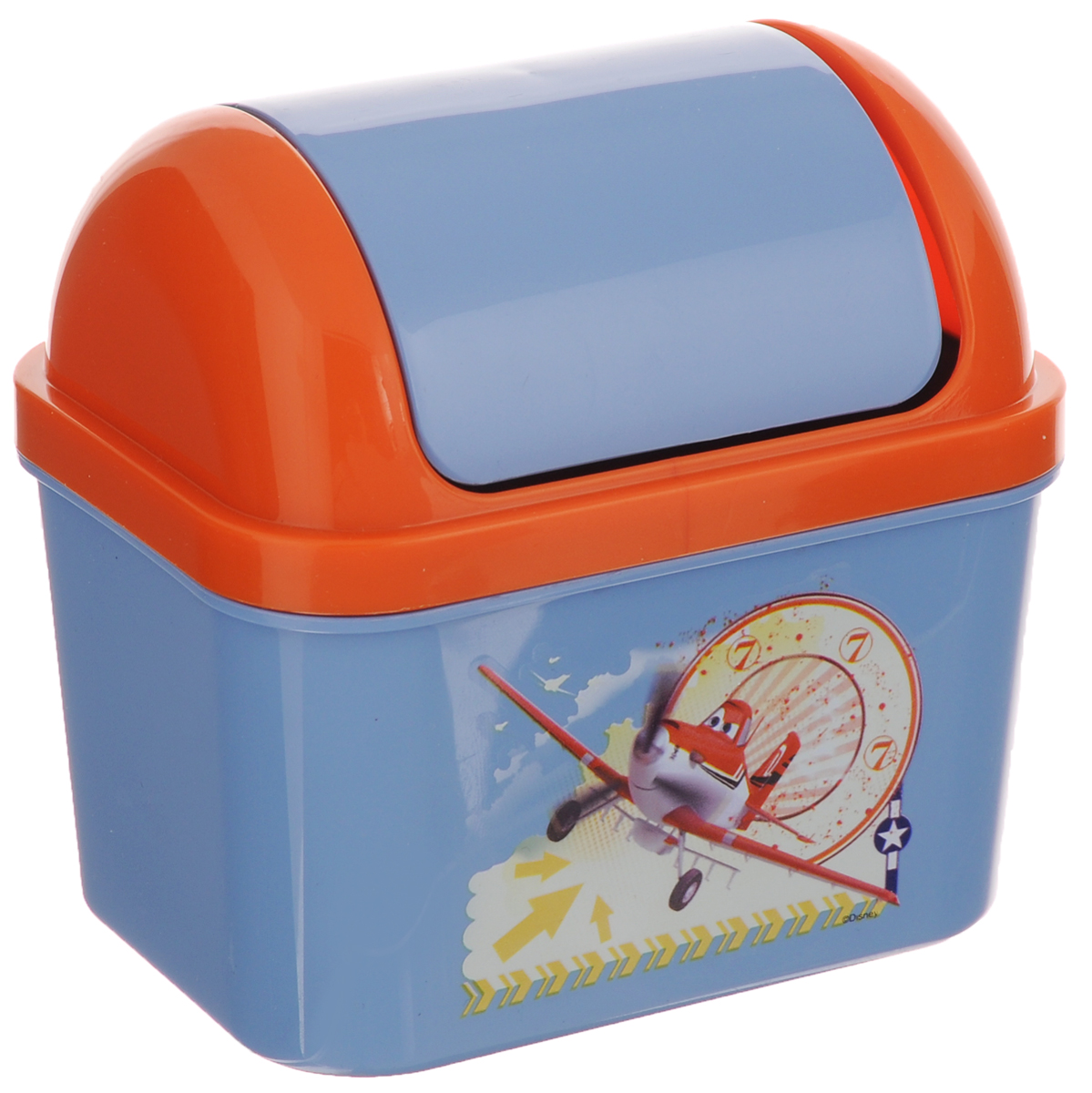 """Детский контейнер для мусора Полимербыт """"Тачки-самолеты"""" выполнен из высококачественного пластика и украшен изображением героя мультфильма. Изделие оснащено плавающей крышкой. Такой контейнер подойдет для выбрасывания небольших отходов, таких как бумага, стружка карандаша, фантики. Размер контейнера (с учетом крышки): 11,5 х 8 х 15 см. Размер контейнера (без учета крышки): 11,5 х 8 х 11 см."""