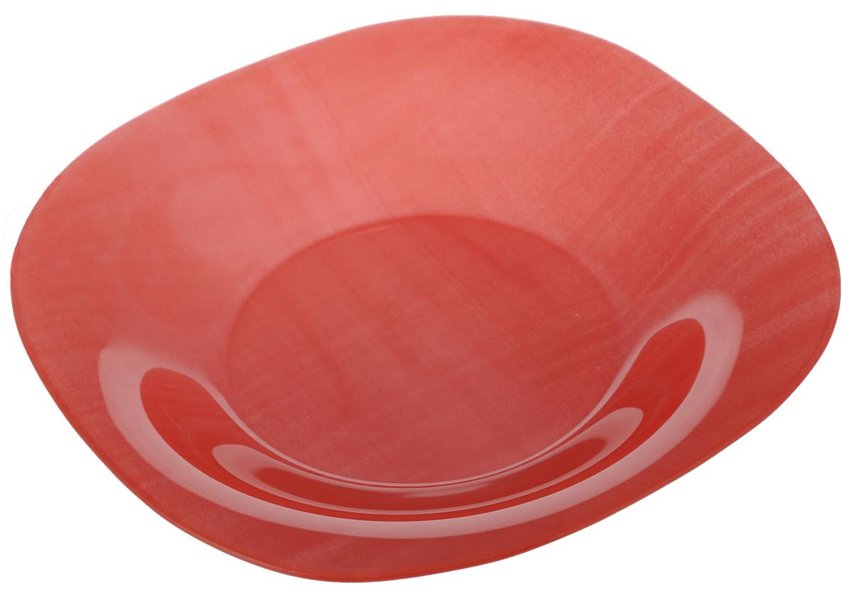 Тарелка глубокая Luminarc Colorama Red, 20,5 х 20,5 смJ7771Глубокая тарелка Luminarc Colorama Red выполнена изударопрочного стекла и оформлена в классическом стиле.Изделие сочетает в себе изысканный дизайн с максимальнойфункциональностью. Она прекрасно впишется винтерьер вашей кухни и станет достойным дополнениемк кухонному инвентарю. Тарелка Luminarc Colorama Red подчеркнет прекрасный вкус хозяйкии станет отличным подарком. Размер (по верхнему краю): 20,5 х 20,5 см.