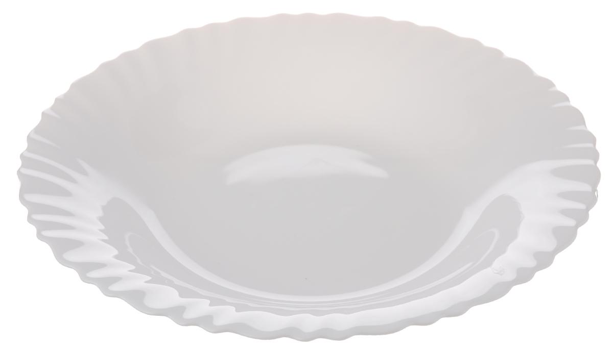 """Глубокая тарелка Luminarc """"Feston"""" выполнена из  ударопрочного стекла и имеет классическую круглую форму. Она прекрасно  впишется в  интерьер вашей кухни и станет достойным дополнением  к кухонному инвентарю.  Тарелка Luminarc """"Feston"""" подчеркнет прекрасный вкус хозяйки  и станет отличным подарком.  Диаметр тарелки (по верхнему краю): 23 см."""