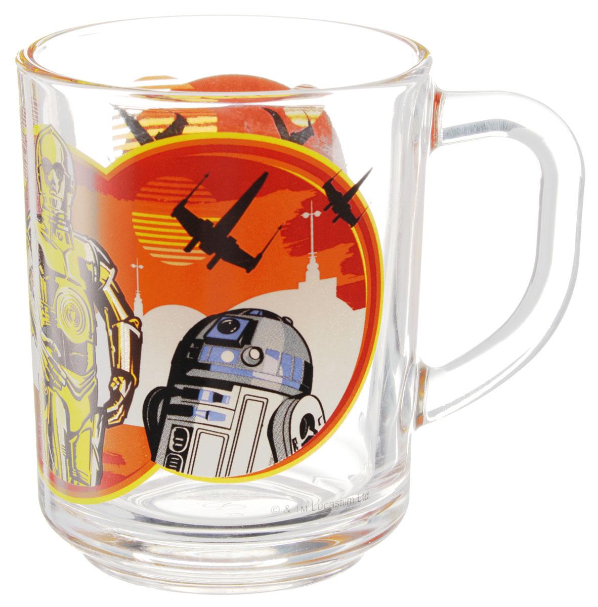 Star Wars Кружка детская Роботы 250 млSWG0101Детская кружка Star Wars Роботы с любимыми героями станет отличным подарком для вашего ребенка. Она выполнена из стекла и оформлена изображением героев киновселенной Звездные войны. Кружка дополнена удобной ручкой. Такой подарок станет не только приятным, но и практичным сувениром: кружка будет незаменимым атрибутом чаепития, а оригинальное оформление кружки добавит ярких эмоций и хорошего настроения.Можно использовать в посудомоечной машине.