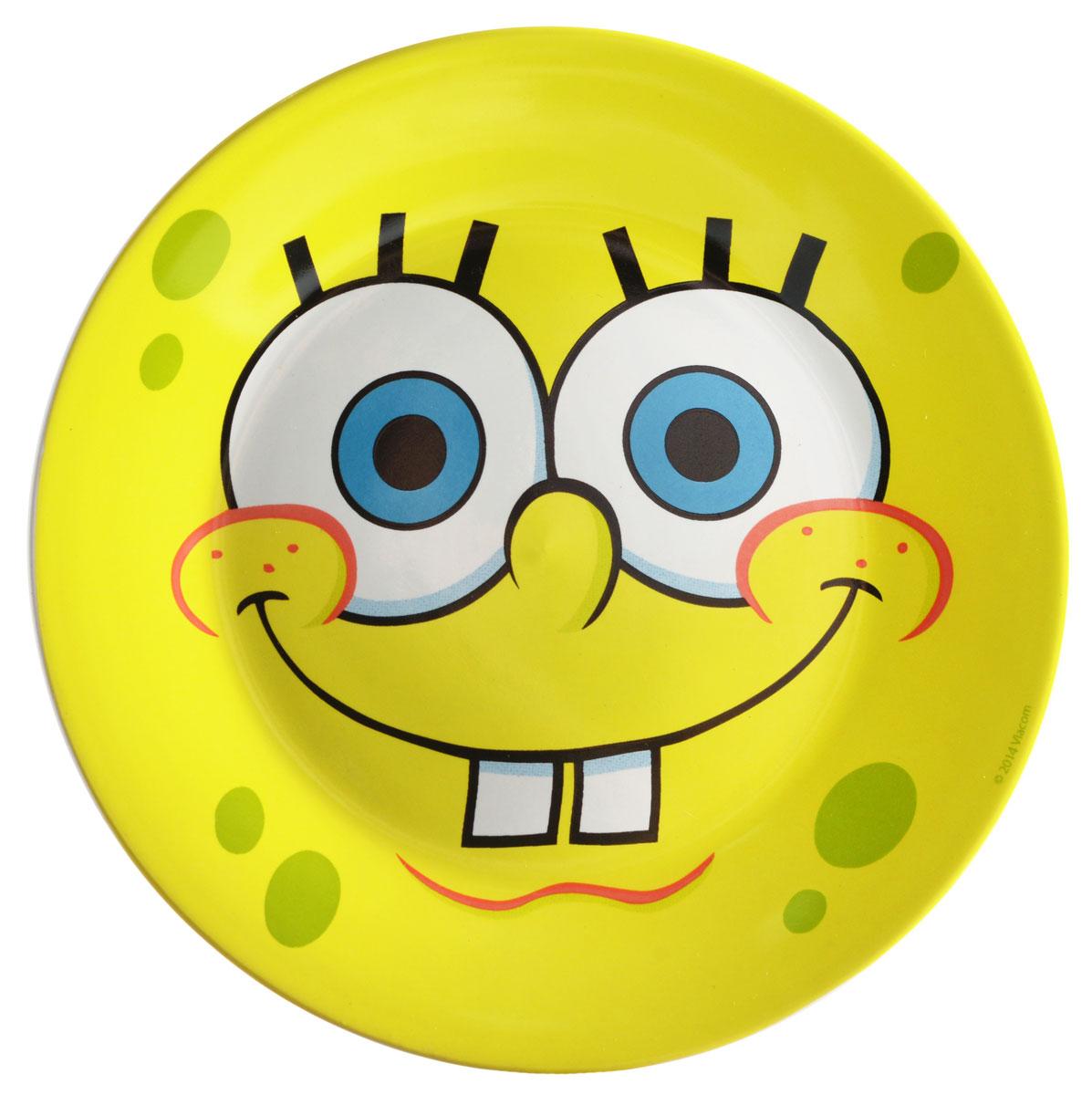 Губка Боб Тарелка детская Солнечный диаметр 19 смSBP190-1Яркая тарелка Губка Боб Солнечный идеально подойдет для кормления малыша и самостоятельного приема им пищи. Тарелка выполнена из керамики и оформлена высококачественным изображением героя мультфильма Губка Боб.Такой подарок станет не только приятным, но и практичным сувениром, добавит ярких эмоций вашему ребенку! Можно использовать в СВЧ-печи и посудомоечной машине.