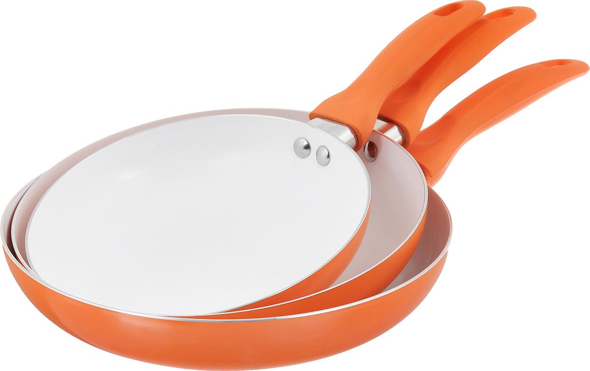 """Набор сковородок """"Calve"""" состоит из 3 сковородок разного диаметра,  изготовленных из высококачественного алюминия с внутренним керамическим  покрытием. С таким покрытием пища не  пригорает и посуда легко моется. Благодаря прочному дну происходит  идеальное и равномерное распределение тепла.   Противоскользящие ручки изготовлены из бакелита. Внешнее цветное  покрытие жаростойкое. Сковороды пригодны для газовых, электрических и стеклокерамических плит.  Не подходят для индукционных плит.  Можно мыть в посудомоечной машине.  Диаметр большой сковороды: 26 см. Высота стенки большой сковороды: 5 см. Длина ручки большой сковороды: 17,2 см. Толщина стенки: 2 мм.  Толщина дна: 3 мм.  Диаметр средней сковороды: 24 см. Высота стенки средней сковороды: 4,7 см. Длина ручки средней сковороды: 14,3 см. Толщина стенки: 2 мм.  Толщина дна: 3 мм.  Диаметр малой сковороды: 20 см. Высота стенки малой сковороды: 4,2 см. Длина ручки малой сковороды: 14 см. Толщина стенки: 2 мм.  Толщина дна: 3 мм."""