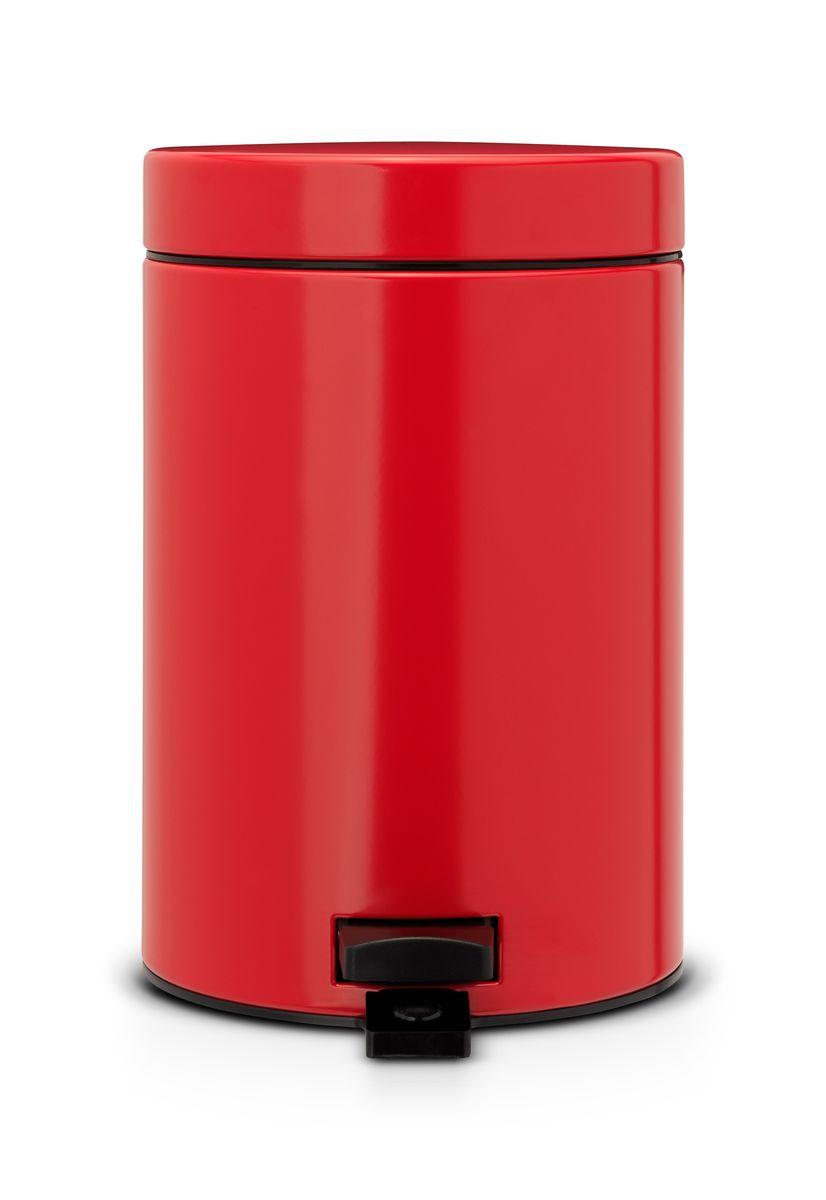 Бак мусорный Brabantia, с педалью, цвет: красный, 3 л. 105944105944Идеальное решение для ванной комнаты и туалета! Предотвращает распространение запахов – прочная, не пропускающая запахи металлическая крышка. Плавное и бесшумное открывание/закрывание крышки. Удобная очистка – прочное съемное внутреннее ведро из пластика. Надежный педальный механизм, высококачественные коррозионно-стойкие материалы. Бак удобно перемещать – прочная ручка для переноски. Отличная устойчивость даже на мокром и скользком полу – противоскользящее основание. Предохранение пола от повреждений – пластиковый защитный обод. Всегда опрятный вид – идеально подходящие по размеру мешки для мусора со стягивающей лентой (размер A). 10-летняя гарантия Brabantia.
