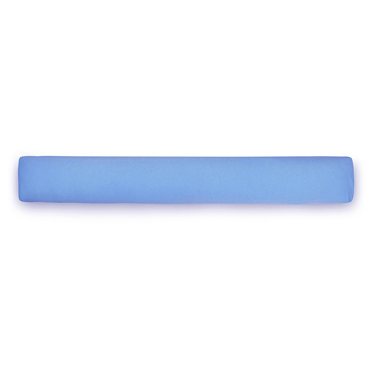 БИО-Подушка для всего тела I mini чехол цвет голубойIMINI3Био-подушка I mini- это длинная подушка-обнимашка. Она очень нравится детям и подросткам. Удобна как длинная подушка для изголовья кровати, подушка-позиционер, большая подушка-игрушка. Идеальна в качестве подарка для ребенка любого возраста и даже для взрослых. Это самый большой и оригинальный подарок, который можно купить за небольшие деньги.Мягкий наполнитель из тонкого полиэфирного волокна (микроволокно) гигиеничен и прост в уходе (машинная стирка). Подушка мягкая и комфортная, равномерно наполнена. Вы можете сгибать и скручивать подушку, чтобы принять удобную позу, потом подушка вернет свою первоначальную форму. Съемная наволочка из хлопкового трикотажа очень мягкая и приятная к телу. Она легко одевается и снимается благодаря эластичности, не мнется, не линяет. Материал подушки: микрофибра. Материал чехла: джерси (100% хлопок). Наполнитель: полиэфирное волокно.