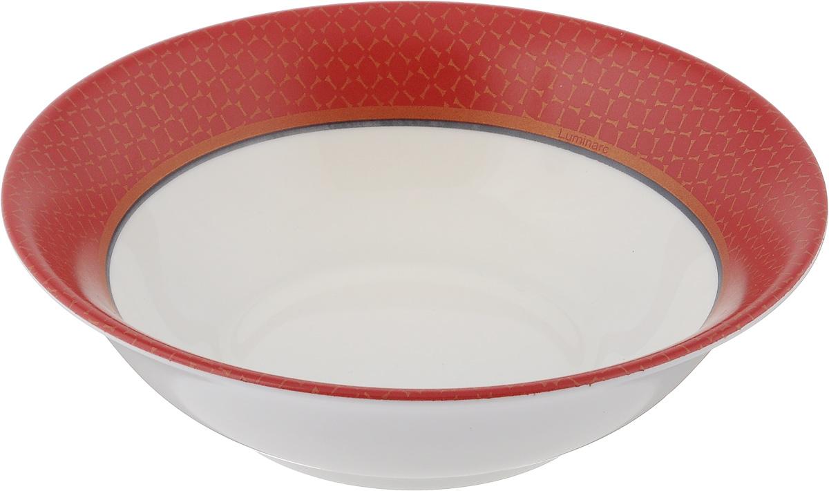 Салатник Luminarc Alto Rubis, диаметр 16 смJ3743Салатник Luminarc Alto Rubis выполнен из ударопрочного стекла и имеет классическую круглую форму. Он прекрасно впишется в интерьер вашей кухни и станет достойным дополнением к кухонному инвентарю. Салатник Luminarc Alto Rubis подчеркнет прекрасный вкус хозяйки и станет отличным подарком. Диаметр салатника (по верхнему краю): 16 см.