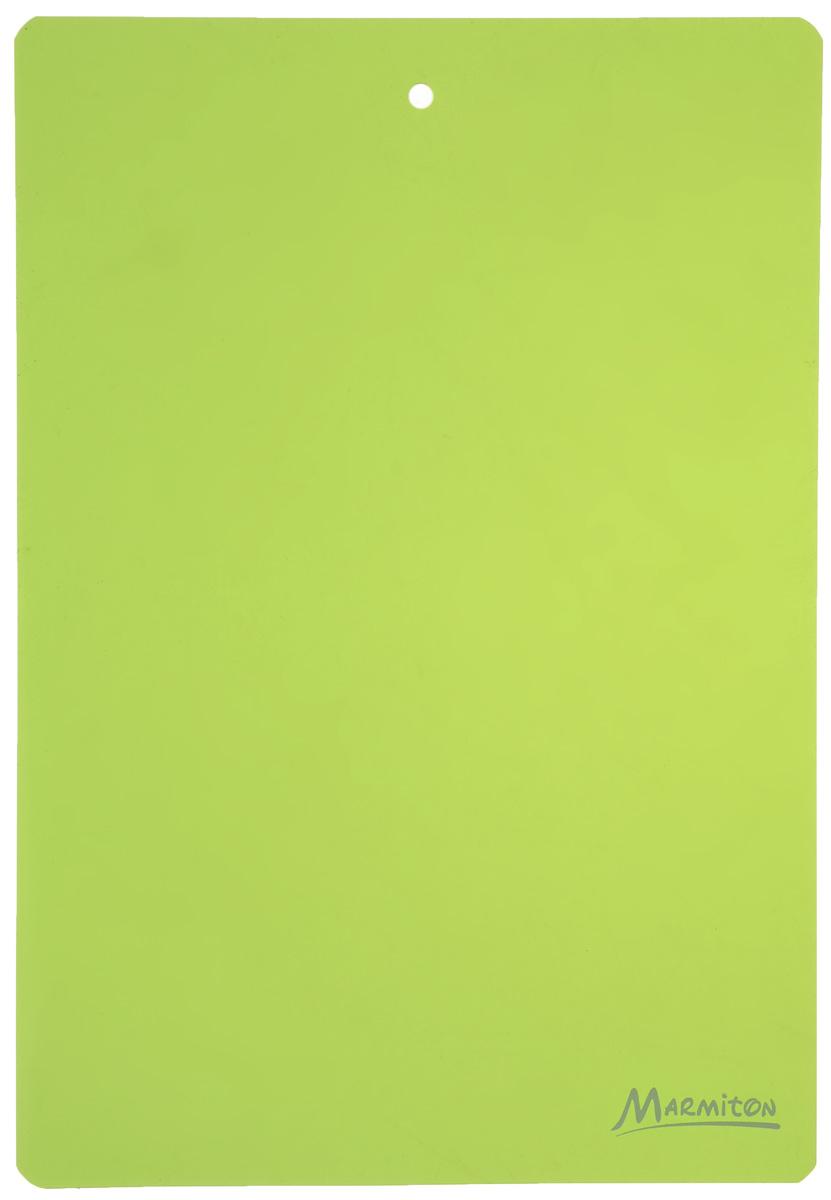 Доска разделочная Marmiton, гибкая, цвет: зеленый, 38 х 28 см17028_ зеленыйГибкая разделочная доска Marmiton прекрасно подходит для разделки всех видов пищевых продуктов. Изготовлена из гибкого одноцветного пластика для удобства переноски и высыпания. Изделие оснащено отверстием для подвешивания на крючок.Можно мыть в посудомоечной машине.