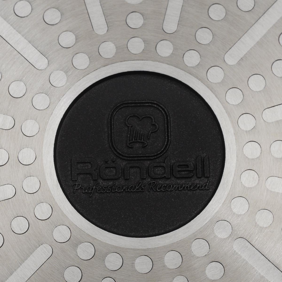 """Сковорода Rondell """"Zest"""" выполнена из литого алюминия с трехслойным антипригарным  покрытием TriTitan. Благодаря утолщенным стенкам и дну изделие прекрасно сохраняет   температуру и идеально подходит для блюд, требующих длительного времени приготовления.  Можно использовать металлические лопатки. Легко моется. Ручка из натурального бука  безопасна в использовании и оснащена отверстием для подвешивания.  Подходит для всех типов плит, включая индукционных. Не рекомендуется мыть в посудомоечной  машине.  Диаметр сковороды (по верхнему краю): 26 см.  Высота стенки: 5,5 см.  Длина ручки: 20 см.  Диаметр основания: 18,5 см.  Толщина стенок: 4 мм.  Толщина дна: 4 мм."""