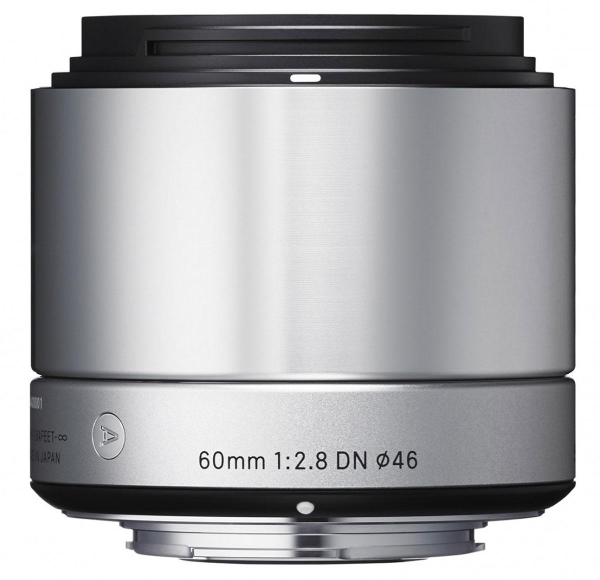Sigma AF 60mm f/2.8 DN/A, Silver объектив для Micro 4/335S963Объектив Sigma AF 60mm f/2.8 DN/A создан с применением передовых оптических технологий - легкий и компактный, с небольшой глубиной резкости - позволяет фотографу эффектно выделять отдельные части объекта съемки.Фокусное расстояние в эквиваленте равно 120 мм для Micro Four/Third и 90 мм для Sony E. Объектив создает изображения с натуральной перспективой и небольшой глубиной резкости, что вкупе с приятным боке делает снимки особо выразительными. Кроме этого, значительно улучшена функциональность. Простая форма кольца фокусировки, различие текстур каждой части, использование металла как основного материала и цельный корпус - все это составляющие дизайна Sigma AF 60mm f/2.8 DN/A.В конструкции объектива применяется самое современное сверхнизнодисперсное оптическое стекло (SLD), а также литые асферические элементы, что гарантирует превосходное исправление искажений и других видов аберрации. Закругленная 7-лепестковая диафрагма создает привлекательное размытие изображения, находящегося не в фокусе. Современная телецентрическая оптическая схема объектива обеспечивает отличное качество изображения по всему полю кадра. Объектив имеет линейный двигатель AF, который перемещает линзу без необходимости использования дополнительных механических частей. Эта система обеспечивает быструю и бесшумную автофокусировку, что позволяет использовать данную модель как для записи видео, так и для съемки фотографий.