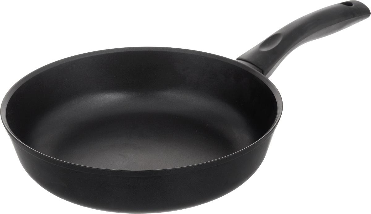 Сковорода Биол, с антипригарным покрытием. Диаметр 26 см. 2607П2607ПСковорода Биол изготовлена из пищевого алюминиевого сплава с антипригарным эко-покрытием Greblon. Утолщенное дно такой посуды быстро и равномерно распределяет тепло, дно посуды проточено до зеркального блеска. Сковорода устойчива к появлению царапин, благодаря верхнему слою с усиленными керамическими частицами. При нагревании не выделяет токсичных веществ. Ручка эргономичной формы выполнена из пластика. Подходит для газовой, электрической и стеклокерамической плиты. Не подходит для индукционной. Можно мыть в посудомоечной машине. Диаметр (по верхнему краю): 26 см. Высота стенки: 6,5 см. Длина ручки: 18 см.