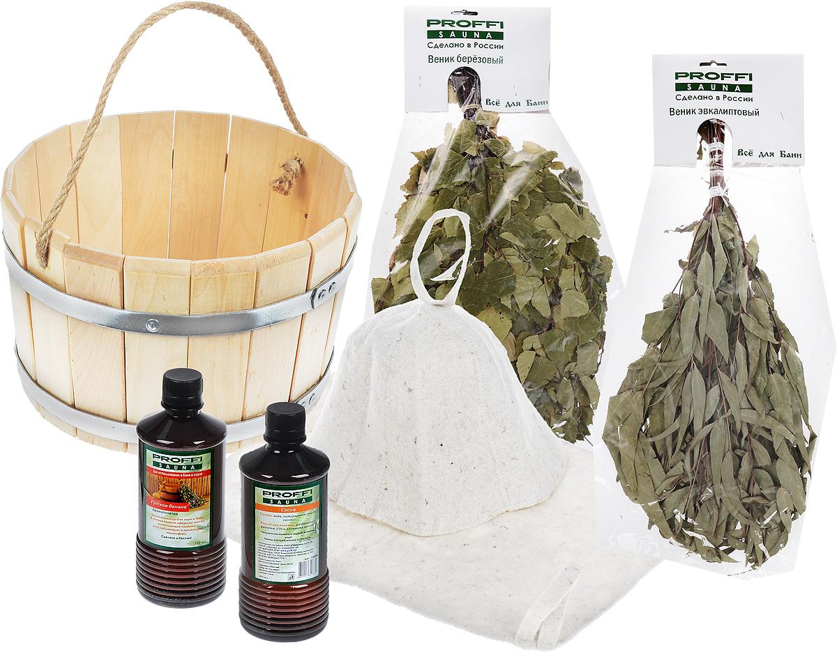 Набор для бани и сауны Proffi Sauna, 7 предметовPS0362Оригинальный набор для бани Proffi Sauna включает в себя ведро, выполненное из натуральной березы, березовый веник, эвкалиптовый веник, 2 ароматизатора, коврик и шапку. Шапка и коврик выполнены из войлока (шерсть с добавлением полиэфира).Шапка защитит волосы от сухости и ломкости, голову от перегрева и предотвратит появление головокружения. Коврик обезопасит от высоких температур при контакте с горячей лавкой в парилке. Шапка и коврик оснащены петелькой, с помощью которой их можно повесить на крючок в предбаннике.Натуральные веники используются в бане для общего тонизирования, оздоровления и расслабления организма. Набор Proffi Sauna станет незаменимым для любителей попариться в русской бане и для тех, кто предпочитает сухой жар финской бани. Размер коврика: 48 х 32,5 см. Ширина шапки: 34 см. Высота шапки: 23 см. Диаметр ведра по верхнему краю: 30 см.Диаметр дна ведра: 27,5 см.Высота ведра: 19 см.Объем ведра: 10 л.Длина веников: 49 см.Объем ароматизаторов: 500 мл.