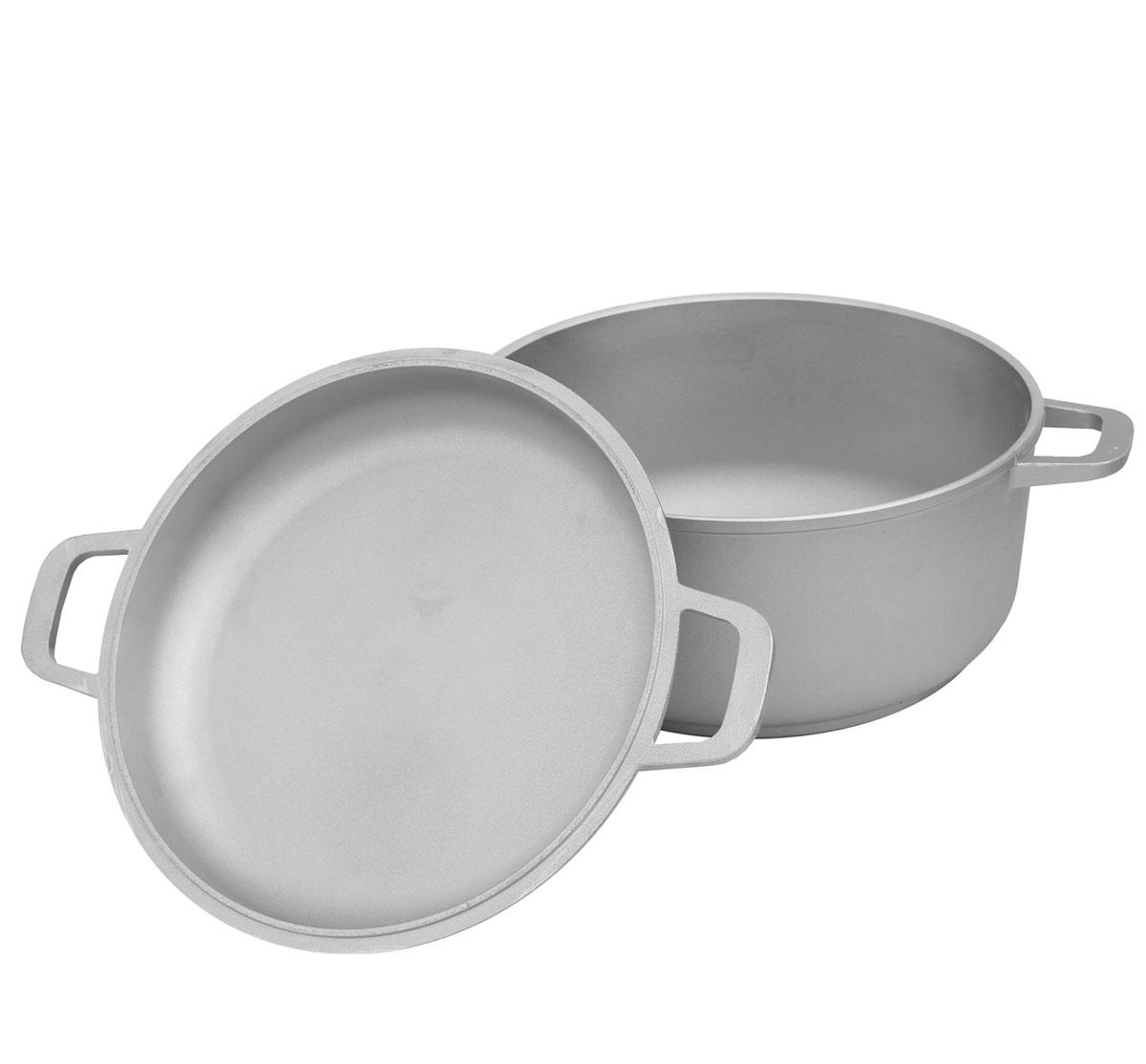 Кастрюля Биол с крышкой-сковородой, 7 л. К702К702Кастрюля Биол выполнена из высококачественного литого алюминия. Изделие оснащено крышкой, которая также может послужить в качестве сковороды. Имеет утолщенное дно. Посуда равномерно распределяет тепло и обладает высокой устойчивостью к деформации, легкая и практичная в эксплуатации, обладает долгим сроком службы. Подходит для использования на электрических, газовых и стеклокерамических плитах. Не подходит для индукционных плит. Можно мыть в посудомоечной машине.Диаметр (по верхнему краю): 28 см. Высота стенки кастрюли: 13,3 см. Высота стенки крышки: 5,5 см. Ширина кастрюли (с учетом ручек): 36,5 см.