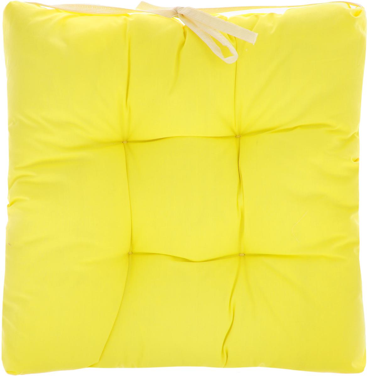 Подушка на стул Eva, объемная, цвет: желтый, 40 х 40 смЕ064_желтыйПодушка Eva, изготовленная из хлопка, прослужит вам не один десяток лет.Внутри - мягкий наполнитель из полиэстера. Стежка надежно удерживает наполнитель внутри и не позволяет ему скатываться. Подушка легко крепится на стул с помощью завязок.Правильно сидеть - значит сохранить здоровье на долгие годы. Жесткие сидения подвергают наше здоровье опасности. Подушка с наполнителем из полиэстера поможет предотвратить многие беды, которыми грозит сидячий образ жизни.