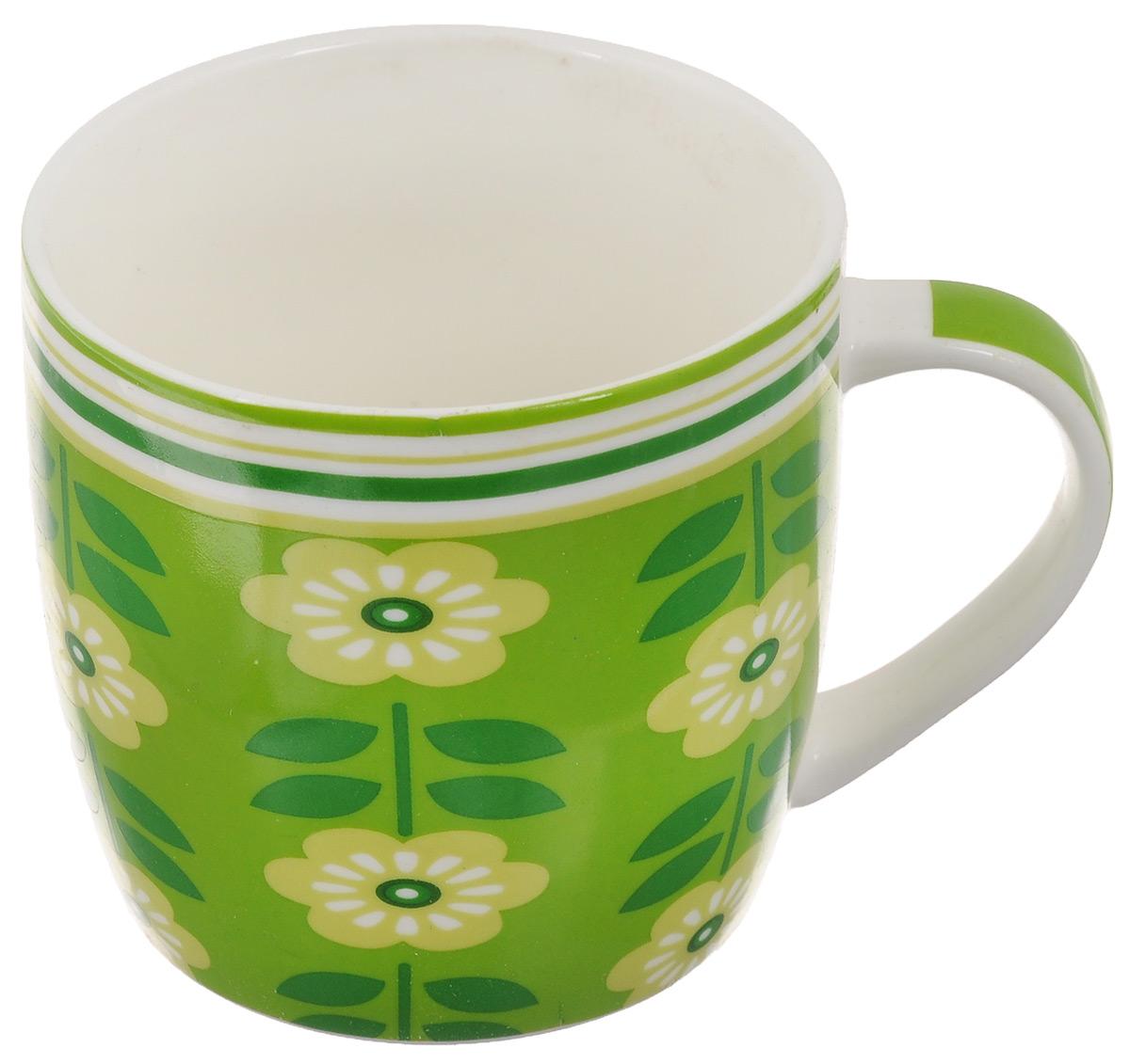 Кружка Loraine Цветы, цвет: зеленый, салатовый, белый, 320 мл24474Оригинальная кружка Loraine Цветы выполнена из костяного фарфора и оформлена красочным изображением. Она станет отличным дополнением к сервировке семейного стола и замечательным подарком для ваших родных и друзей.Диаметр кружки (по верхнему краю): 8,5 см.Высота кружки: 8,4 см.