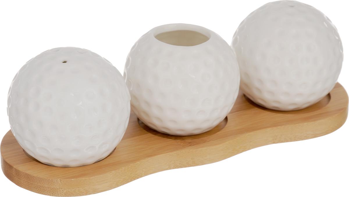 Набор для специй Elan Gallery Айсберг, 4 предмета540089Великолепный набор Elan Gallery Айсберг состоитиз перечницы, солонки и вазочки под зубочистки, изготовленных из керамики.Емкости для специй просты в использовании:стоит только перевернуть емкости, и вы слегкостью сможете поперчить или добавить сольпо вкусу в любое блюдо.Этот набор оригинального дизайнаи безукоризненного качества станетукрашением вашего стола, а благодаря своимнебольшим размерам он не займет многоместа на вашей кухне.Набор располагается на деревянной подставке.Не использовать в микроволновой печи.Размер солонки/перечницы: 5,5 х 5,5 х 5,5 см. Диаметр вазочки (по верхнему краю): 2,5 см.Высота вазочки: 5 см.