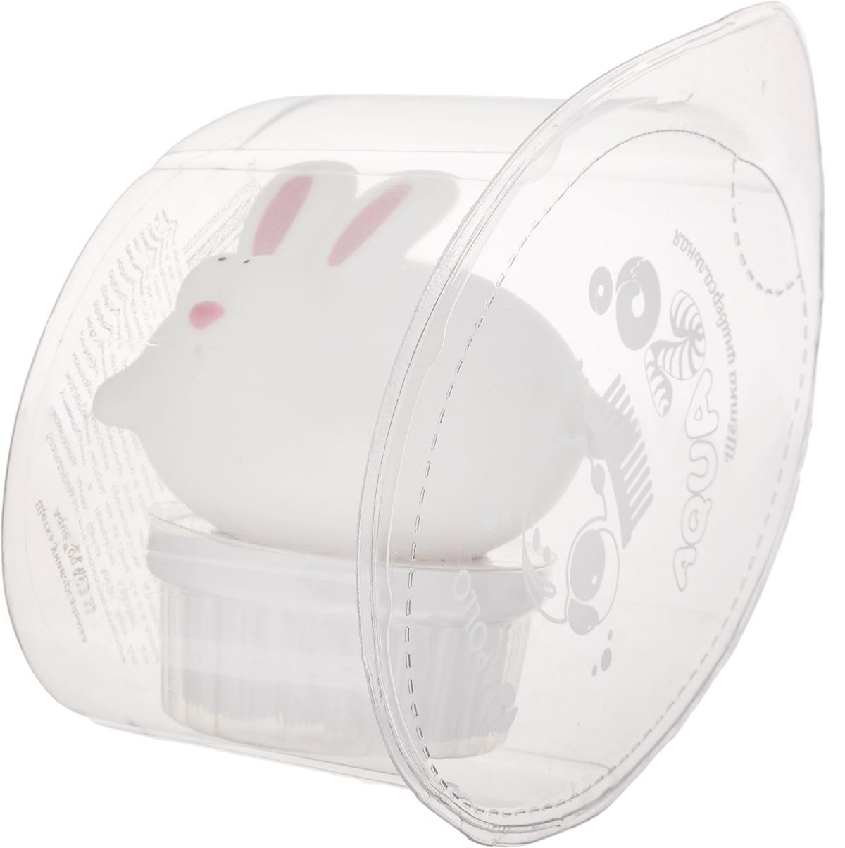 Щетка универсальная Apollo AquaZoo. КроликAQZ-08_кролЩетка Apollo AquaZoo. Кролик, изготовленная из пищевого пластика и нейлона, выполнена в видекролика. Она универсальна и прекрасно подойдет для поддержания чистоты как на кухне, так и в ванной комнате. Благодаря оригинальному, дружелюбному дизайну и эргономичной ручке, такая щетка станет незаменимым инструментом в вашем доме. Для наилучшего эффекта щетку необходимо использовать вместе с чистящими средствами, рекомендованными для поверхностей, которые вы обрабатываете.Нельзя мыть в посудомоечной машине.Не использовать для мытья щетки абразивные вещества.Длина ворса: 1,5 см.Диаметр рабочей поверхности: 5 см.