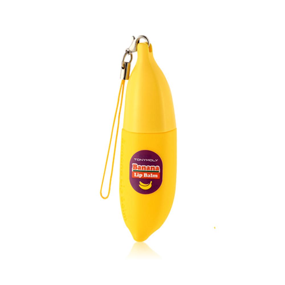 TonyMoly Бальзам для губ DELIGHT DALCOM BANANA PONG-DANG LIP BALM 01, 7 грLM04009100Бальзам для губ содержит экстракт банана, масло кокоса, экстракт молочного белка, керамиды 3 и т.д. Создает эффективное, защитное, увлажняющее покрытие, предотвращает появление сухости кожи.Экстракт банана содержит фитостеролы улучшает микрорельеф кожи. Витамин В обладает мощным себорегулирующим свойством, способствует нормализации клеточного обмена, питает, увлажняет кожу, сохраняя ее упругость и эластичность; витамины С и Е омолаживают кожу, улучшая ее внешний вид и предотвращая преждевременное увядание. Кальций, входящий в состав банана, обеспечивает коже хорошую структуру, делает ее более упругой, молодой и красивой, придавая стабильность клеточным мембранам.Масло кокоса благодаря высокому содержанию липидов, протеинов, витаминов A, B, C, углеводов, а также минеральных веществ и фруктовых кислот, он способствует быстрой регенерации кожи и защищает ее от вредных воздействий окружающей среды, является прекрасным увлажняющим средством, придает коже упругость и бархатистость. Марка Tony Moly чаще всего размещает на упаковке (внизу или наверху на спайке двух сторон упаковки, на дне банки, на тубе сбоку) дату изготовления в формате: год/месяц/дата.