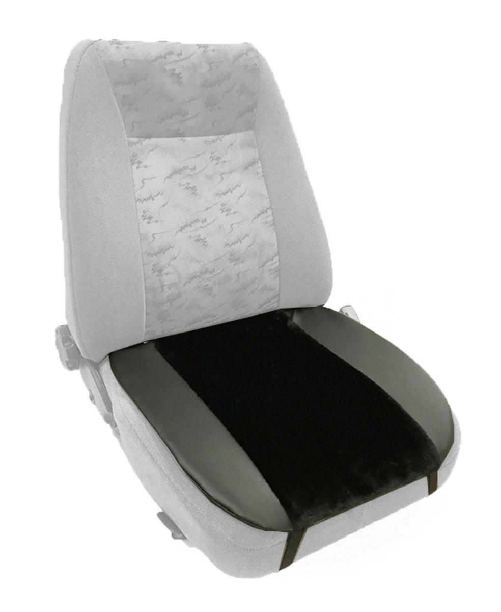 Накидка Auto premium на горизонтальную часть сидения, цвет: черный. 4700447004Накидка на нижнюю часть сиденья выполнена из искусственного меха. Особенно полезна будет в зимний период времени. Меховая накидка избавит вас от неприятных ощущений при посадке в замерзший автомобиль. Накидка имеет 4 точки крепления на сиденье, поэтому держится крепко и никуда не съедет.