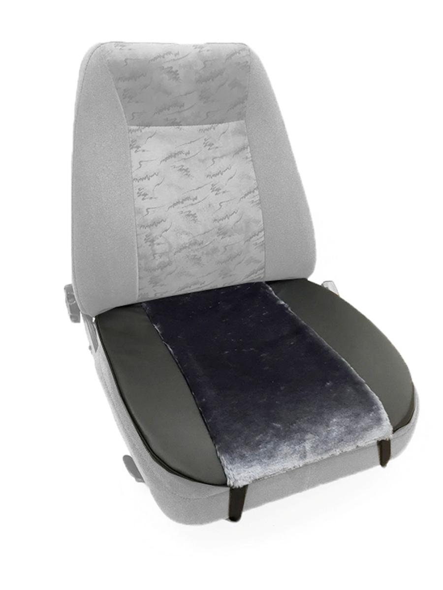 Накидка Auto Premium, на горизонтальную часть сидения, цвет: черный, серый47007Накидка на нижнюю часть сиденья Auto Premium выполнена из искусственного меха. Особенно полезна будет в зимний период времени. Меховая накидка избавит вас от неприятных ощущений при посадке в замерзший автомобиль. Она имеет 4 точки крепления на сиденье, поэтому держится крепко и никуда не съедет.
