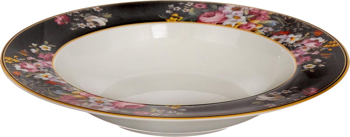 Тарелка суповая Nuova R2S Все в цвету, диаметр 23 см1360BLOBСуповая тарелка Nuova R2S Все в цвету выполнена из высококачественного фарфора и оформлена цветочным рисунком. Изделие сочетает в себе изысканный дизайн с максимальной функциональностью. Тарелка прекрасно впишется в интерьер вашей кухни и станет достойным дополнением к кухонному инвентарю. Суповая тарелка Nuova R2S Все в цвету подчеркнет прекрасный вкус хозяйки и станет отличным подарком. Можно мыть в посудомоечной машине и использовать в микроволновой печи.Диаметр тарелки: 23 см.