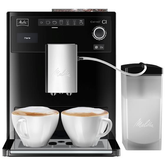Melitta Caffeo CI, Black кофемашинаE970-103Кофемашина Melitta Caffeo CI - единственная интеллектуальная представительница среди аналогичных марок, которая позволяет создавать индивидуальную рецептуру кофе во время приготовления. Пользователи смогут не просто создать, но и сохранить двадцать четыре уникальных рецепта, ориентируясь на собственный вкус. Изменить любые нюансы можно даже в процессе работы аппарата, например, указать иной объем молочной пены. Виртуозный капучинатор, русифицированное меню доставят удовольствие каждому! - Молочная система Plug In - диспенсер для взбивания молока в пышную пенку. Система находится в основном отсеке вывода напитков на фронтальной части кофе-машины. Легко снимается, можно мыть под струей воды.-«Мой кофе» - рецепты на каждого члена семьи. Возможность задать индивидуальные настройки для 6ти напитков для четырех членов семьи. Итого 24 рецепта в памяти кофе-машины - так просто теперь готовить свою любимую чашечку кофе!-Стандартные напитки. На фронтальной части кофе-машины символьно подсвечены кнопки автоматического приготовления: эспрессо, кофе-крем, капучино, латте-маккиато, горячее молоко или молочная пенка, горячая вода.-Возможность изменить параметры напитка в момент приготовления. В процессе помола зерна для чашечки кофе Вы можете задать крепость. Или в процессе заваривания - изменить количество напитка. А при приготовлении пенки для капучино - увеличить объем пенки по Вашему желанию. Таким образом, в процессе приготовления напитка Вы можете изменить: крепость кофе, объем порции, количество пенки, количество чашек.-Bean Select контейнер для кофе - контейнер для зернового кофе с двумя отсеками - под разные виды кофе (по 130 гр. каждый). Также есть отсек для молотого кофе.-Режим сохранения энергии - потребляет на 50% меньше электроэнергии, мощность менее 1 Вт.-Вывод кофе регулируется по высоте до 140мм-Контейнер для воды - с датчиком уровня воды, съемный, 1,8л-Интуитивное управление - символьный дисплей и подсветка панели управл