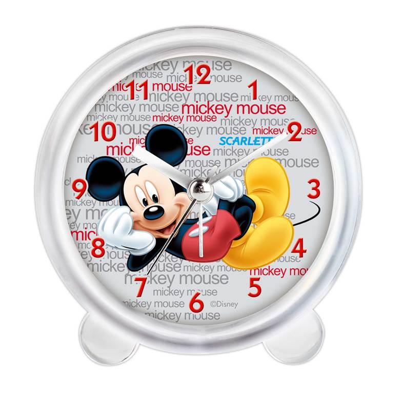 """Будильник """"Scarlett"""" с надежным кварцевым механизмом - это не  только функциональное устройство, но и оригинальный  элемент декора, который великолепно впишется в интерьер  детской комнаты.  Он снабжен четырьмя стрелками: часовой, минутной,  секундной и стрелкой завода. Циферблат оформлен  изображением Микки Мауса на фоне надписей """"Mickey Mouse"""".  Сигнал будильника электронный, работает до его отключения.  Отличительной особенностью этого будильника является  то, что он обладает плавным, бесшумным ходом. Будильник  работает от 1 батарейки типа АА напряжением 1,5 В  (батарейка в комплект не входит).  Будильник """"Scarlett"""" - это надежность, качество и изящность  стиля во все времена."""
