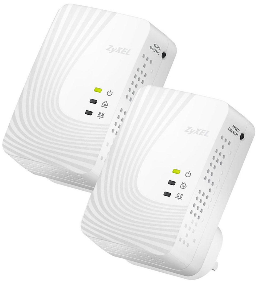 Zyxel PLA4201v2 EE адаптер PowerlinePLA4201v2 EEPowerline - адаптер ZyXEL PLA4201v2 EE предоставляет полную свободу размещения сетевых устройств в пределах собственного или арендуемого помещения, так как любая электрическая розетка становится точкой доступа в сеть.Технология HomePlug AV 500 Мбит/с обеспечивает помехозащищенную передачу мультимедиа и является реальной альтернативой Ethernet - кабелю для трансляции видео высокой четкости на телевизор, установленный в произвольной точке квартиры. Управление качеством обслуживания (QoS) в сети HomePlug AV позволяет смотреть цифровое видео без задержек и потери качества одновременно с передачей данных.Передаваемые по электропроводке данные надежно защищены от прослушивания и перехвата. Настройка защищенного соединения осуществляется одним нажатием кнопки ENCRYPT, расположенной на корпусе адаптера.Соответствует стандартам IEEE 1901.2010 и HomePlug AVДиапазон частот: 1,8 – 67,5 МГцЗащита сети: AES с ключом 128 битовРасстояние передачи: до 300 метровУправление качеством обслуживания: ToS, QoS, VLANIGMP snoopingВстроенная вилка переменного тока Europlug (CEE 7/16)Кнопка Reset / Encrypt для автоматической установки имени сети HomePlug AV и сброса пользовательских настроек3 индикатора состояний