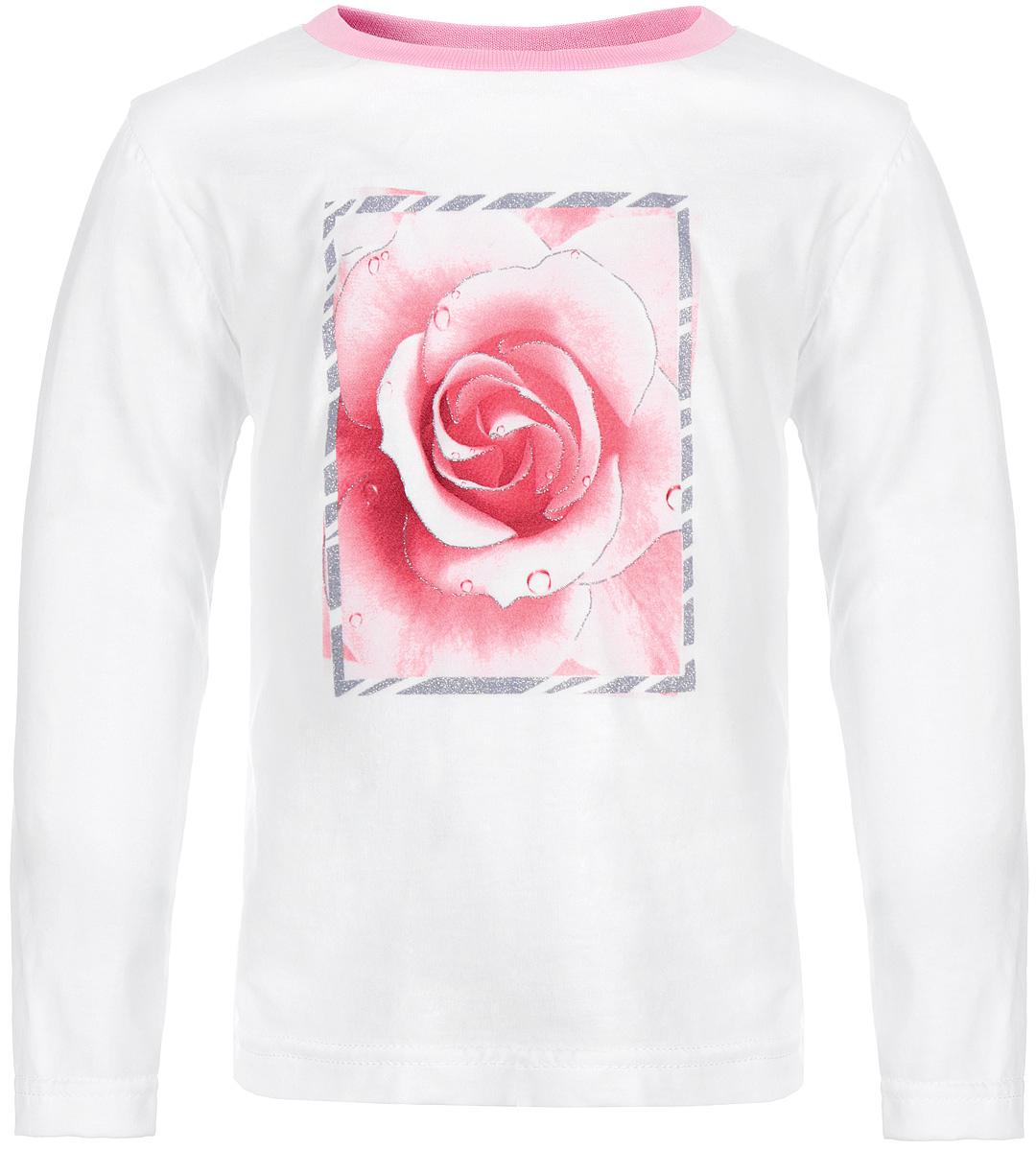 Футболка с длинным рукавом для девочки КотМарКот, цвет: белый, розовый. 15563. Размер 110, 5 лет15563Стильная футболка с длинным рукавом для девочки КотМарКот идеально подойдет вашей моднице. Изготовленная из натурального хлопка, она мягкая и приятная на ощупь, не сковывает движения и позволяет коже дышать, не раздражает даже самую нежную и чувствительную кожу ребенка, обеспечивая наибольший комфорт. Футболка прямого кроя с длинными рукавами и круглым вырезом горловины оформлена изящной розой в блестящей рамке. Вырез горловины дополнен трикотажной эластичной резинкой.Современный дизайн и модная расцветка делают эту футболку стильным предметом детского гардероба. В ней ваша принцесса будет чувствовать себя уютно и комфортно, и всегда будет в центре внимания!