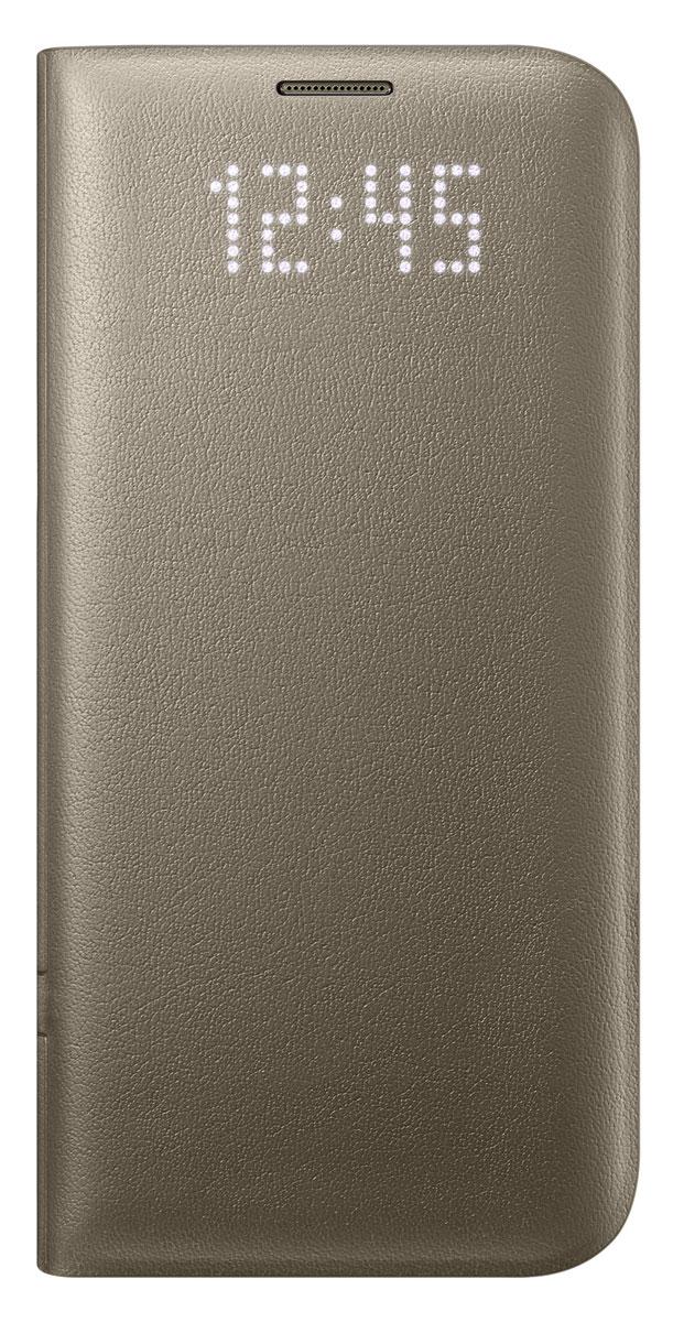 Samsung EF-NG935 LED View Cover чехол для Galaxy S7 Edge, GoldEF-NG935PFEGRUЧехол Samsung EF-NG935 LED View Cover выглядит как обыкновенный чехол, но стоит вам получить уведомление, как оно моментально отобразится на его лицевой поверхности.Главной особенностью чехла является встроенный светодиодный дисплей, позволяющий посмотреть время или проверить уровень заряда аккумулятора не раскрывая чехол. Вы также можете присвоить специальные иконки различным контактам, чтобы моментально определить, кто вам звонит.Достаточно просто провести пальцем по поверхности чехла, где размещён светодиодный дисплей, чтобы принять или сбросить входящий вызов, выключить будильник или таймер. Дизайн чехла ещё никогда не был настолько продуман. Экран смартфона моментально включится, как только вы откроете чехол, и погаснет сразу как вы его закроете. Помимо этого, внутри имеется специальное отделение, которое можно использовать для хранения визиток или банковских карт.