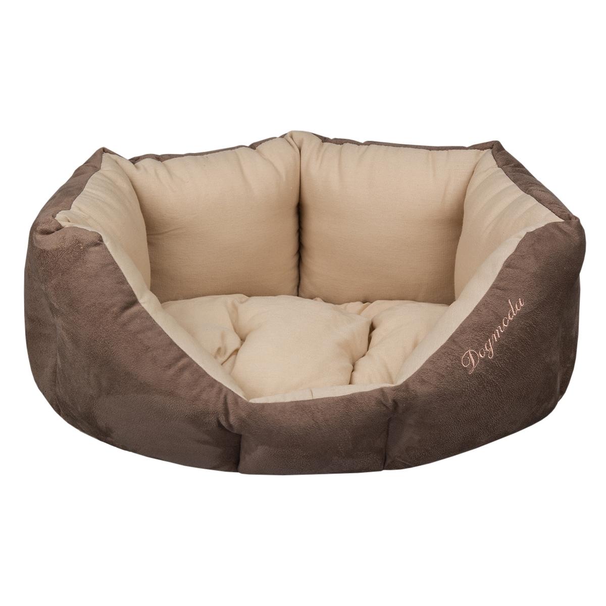 Лежак для животных Dogmoda Капучино, 44 х 52 х 22 см54866Лежак для животных Dogmoda Капучино прекрасно подойдетдля отдыха вашего домашнего питомца. Предназначен длякошек и собак мелких и средних пород. Изделие выполнено изискусственной замши и хлопка. Внутри - мягкий наполнительиз холлофайбера, который обеспечивает комфорт и уют. Лежакснабжен съемной подушкой.Комфортный и уютный лежак обязательно понравится вашемупитомцу, животное сможет там отдохнуть и выспаться.Высокий уровень комфорта, спокойный благородный цвет имягкость искусственной замши сделают этот лежак любимымместом отдыха вашего питомца.